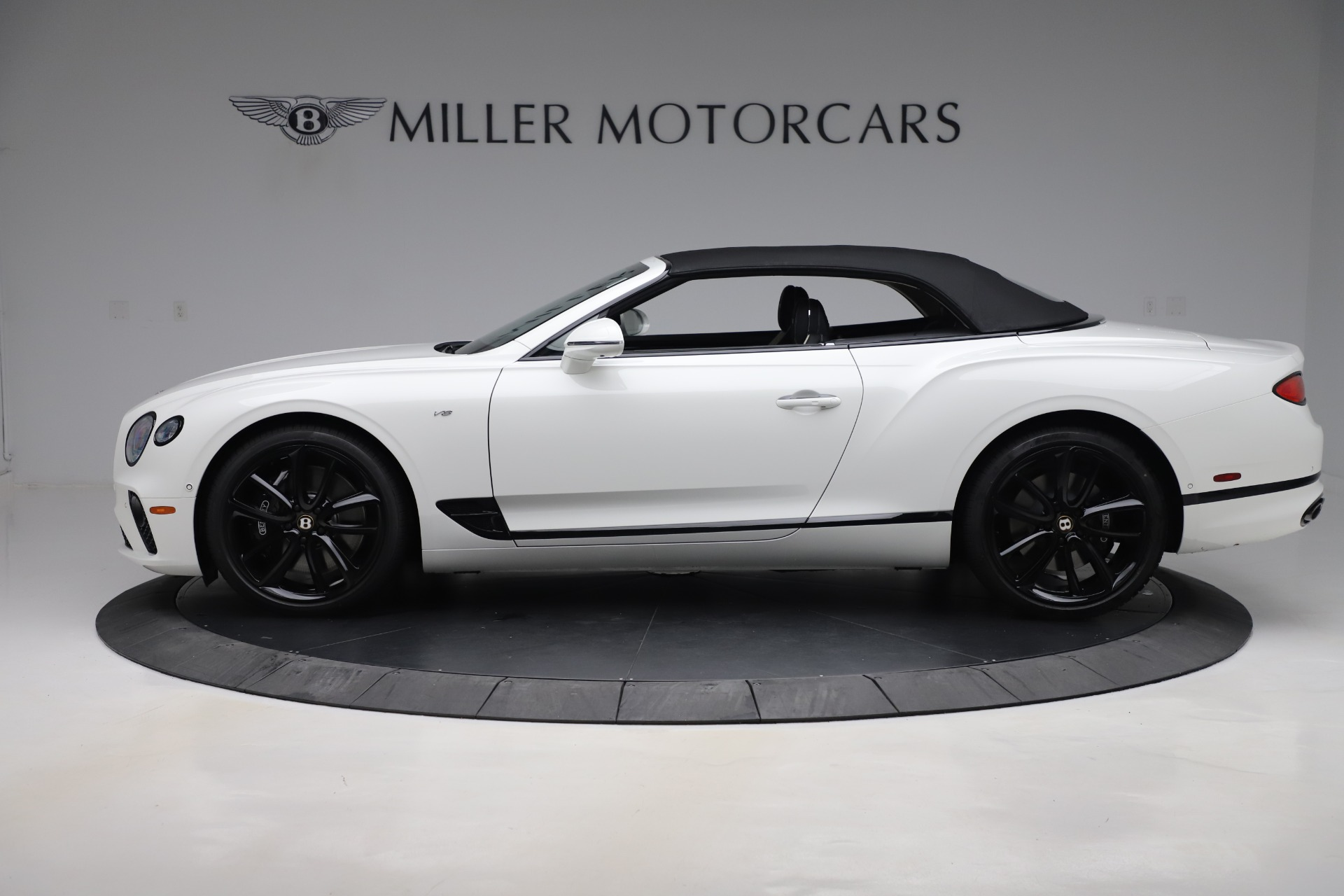 New 2020 Bentley Continental GTC V8 For Sale In Greenwich, CT. Alfa Romeo of Greenwich, B1451 3561_p10