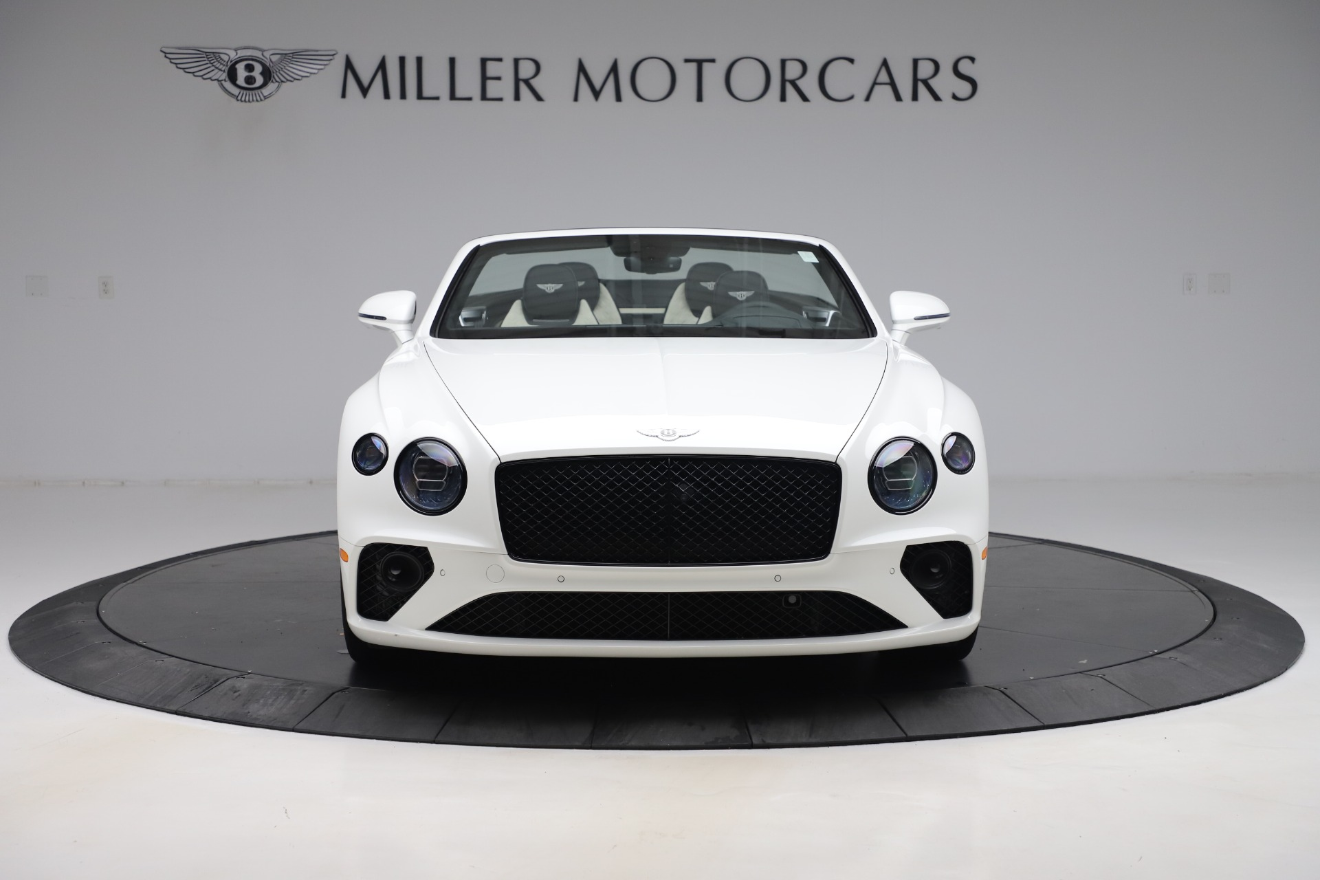 New 2020 Bentley Continental GTC V8 For Sale In Greenwich, CT. Alfa Romeo of Greenwich, B1451 3561_p15