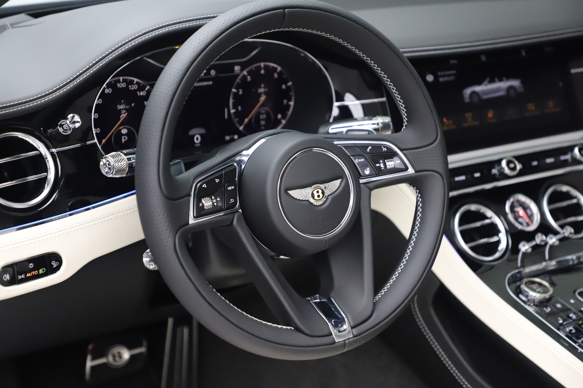 New 2020 Bentley Continental GTC V8 For Sale In Greenwich, CT. Alfa Romeo of Greenwich, B1451 3561_p29