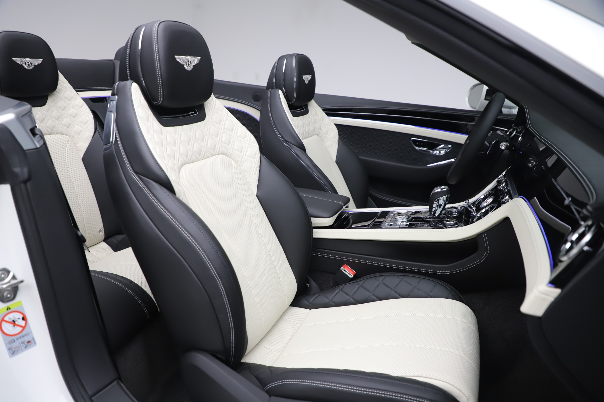 New 2020 Bentley Continental GTC V8 For Sale In Greenwich, CT. Alfa Romeo of Greenwich, B1451 3561_p37