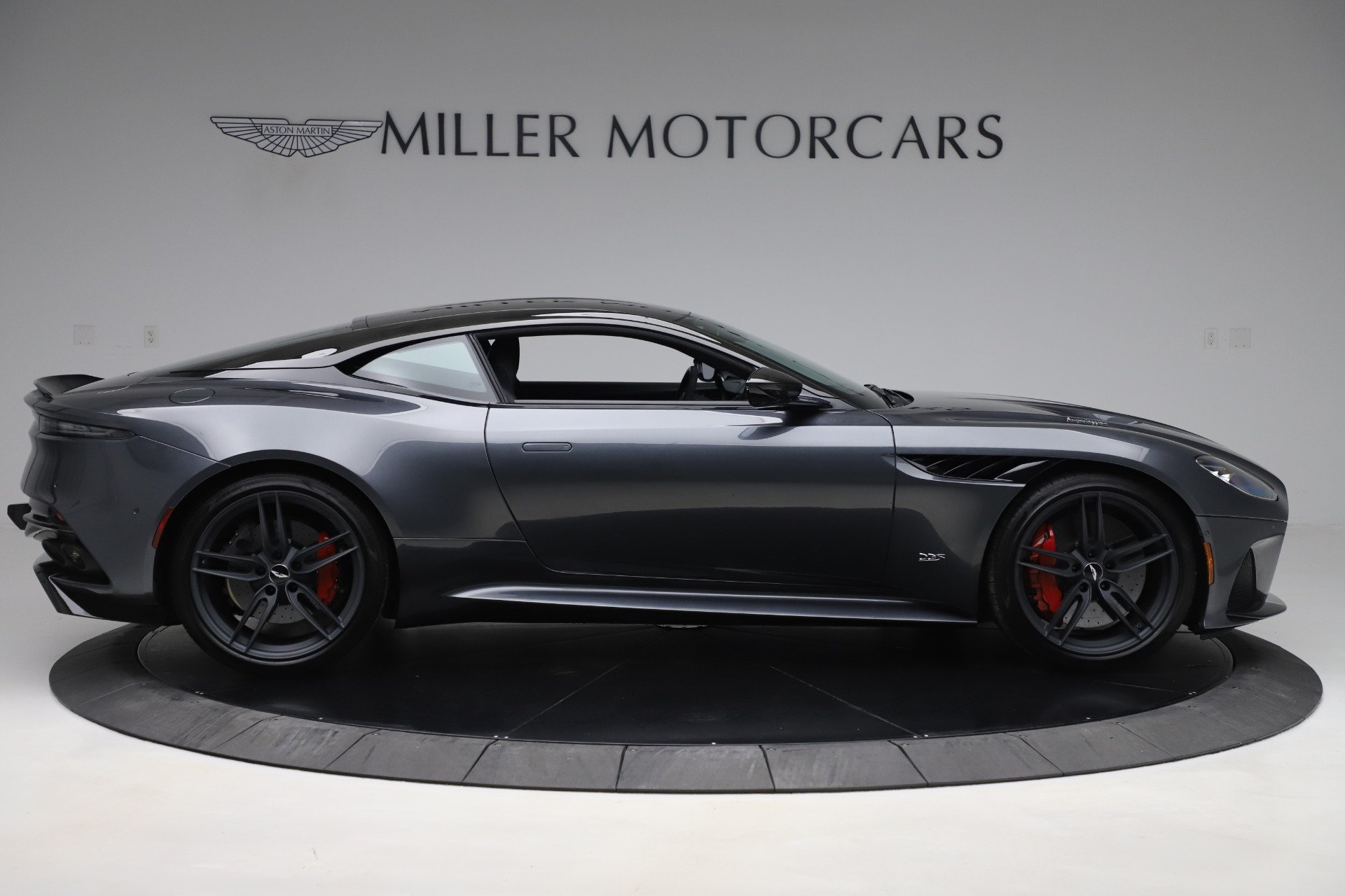 Used 2019 Aston Martin DBS Superleggera Coupe For Sale In Greenwich, CT. Alfa Romeo of Greenwich, A1438B 3570_p9