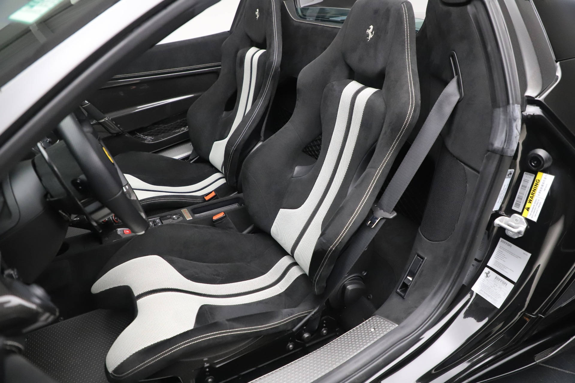 Used 2015 Ferrari 458 Speciale Aperta  For Sale In Greenwich, CT. Alfa Romeo of Greenwich, 4625 3571_p22