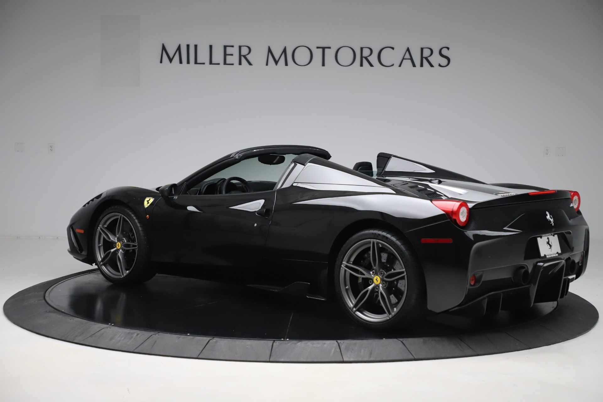 Used 2015 Ferrari 458 Speciale Aperta  For Sale In Greenwich, CT. Alfa Romeo of Greenwich, 4625 3571_p4