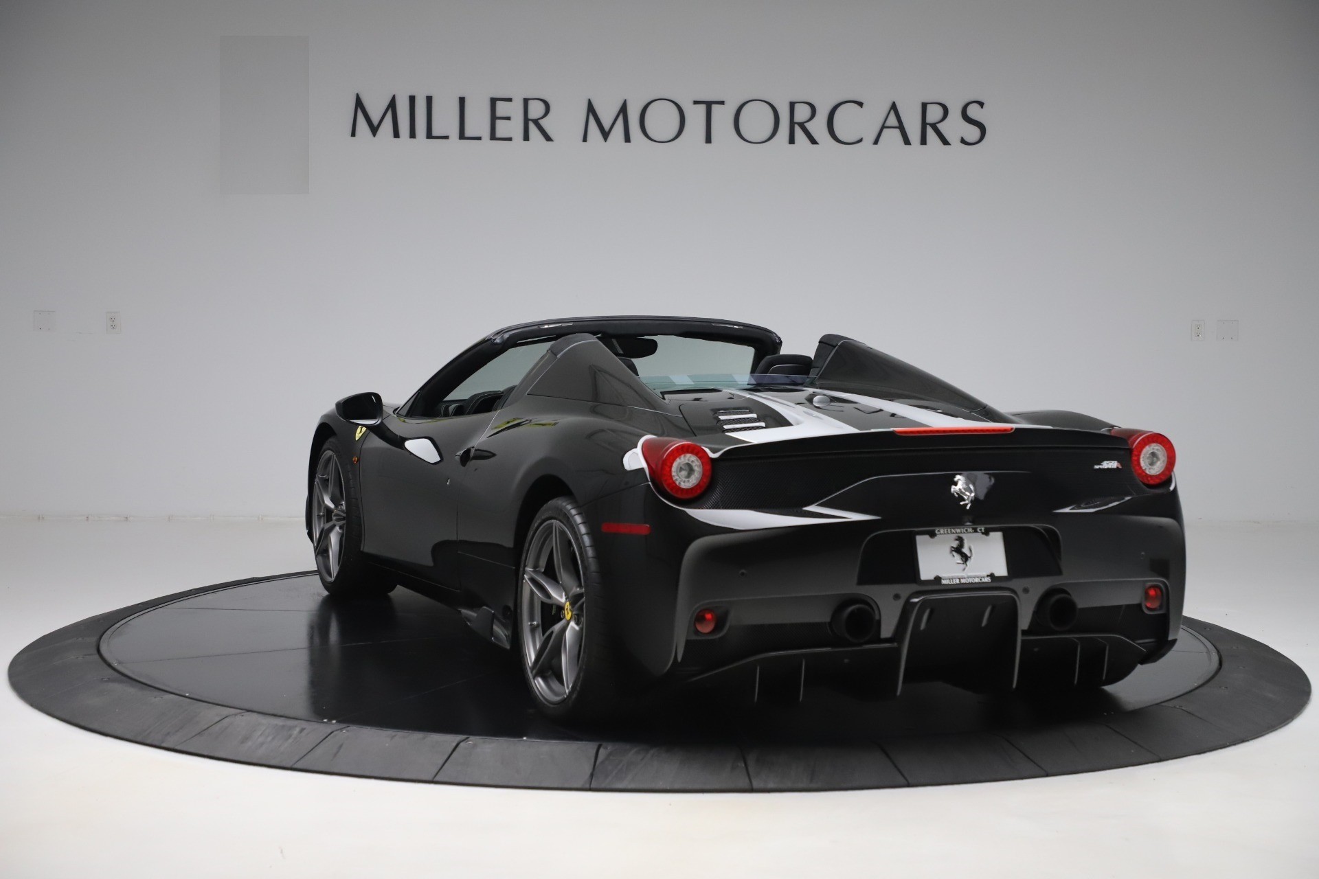 Used 2015 Ferrari 458 Speciale Aperta  For Sale In Greenwich, CT. Alfa Romeo of Greenwich, 4625 3571_p5