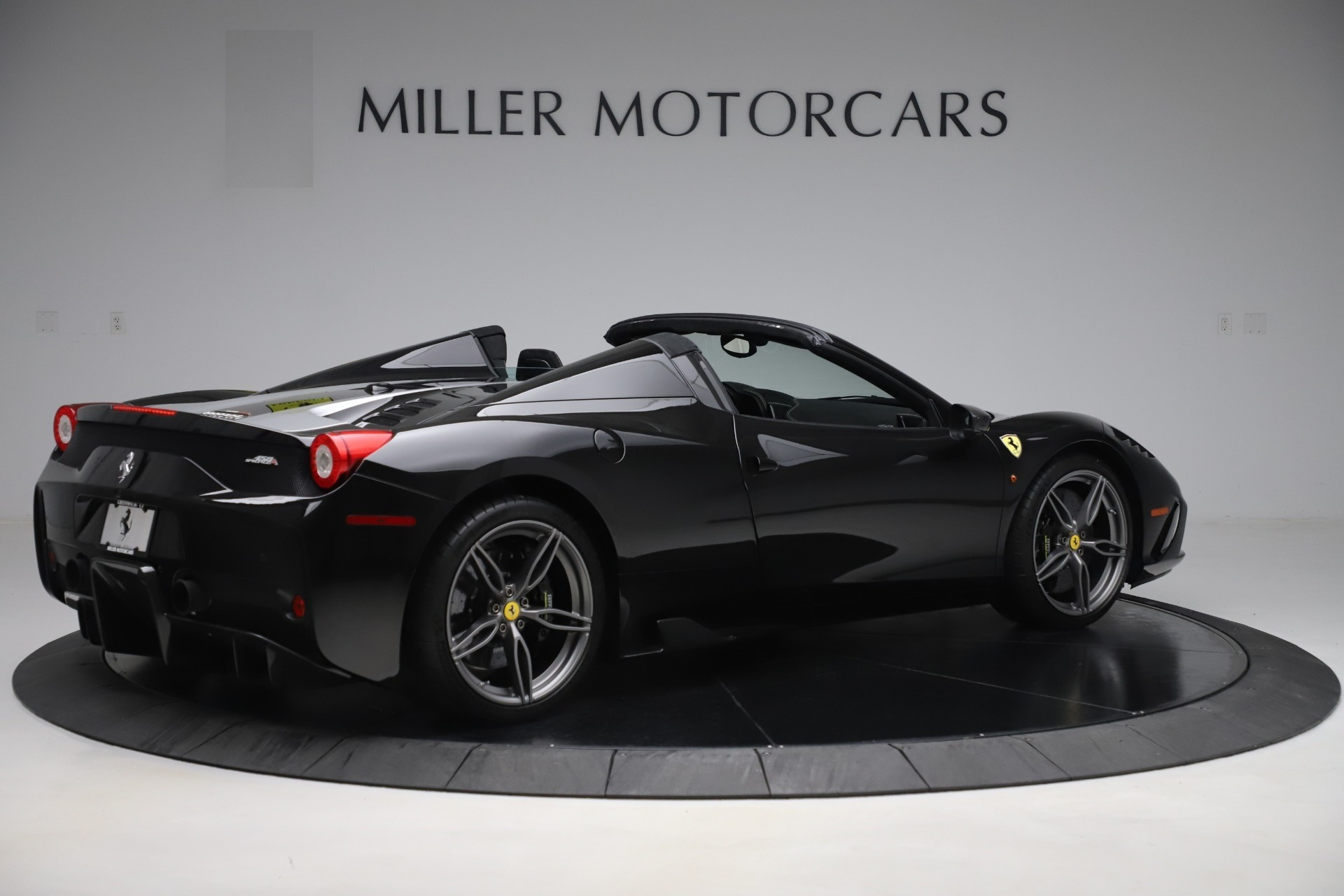 Used 2015 Ferrari 458 Speciale Aperta  For Sale In Greenwich, CT. Alfa Romeo of Greenwich, 4625 3571_p8