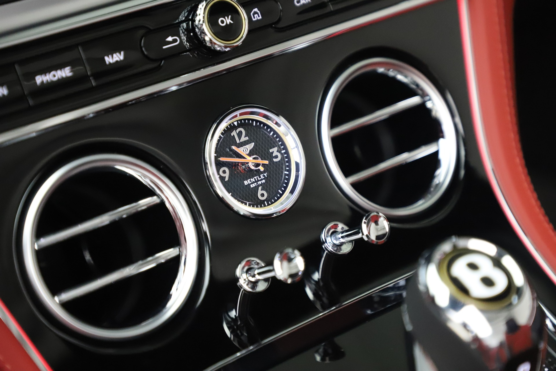 New 2020 Bentley Continental GTC V8 For Sale In Greenwich, CT. Alfa Romeo of Greenwich, B1454 3575_p29