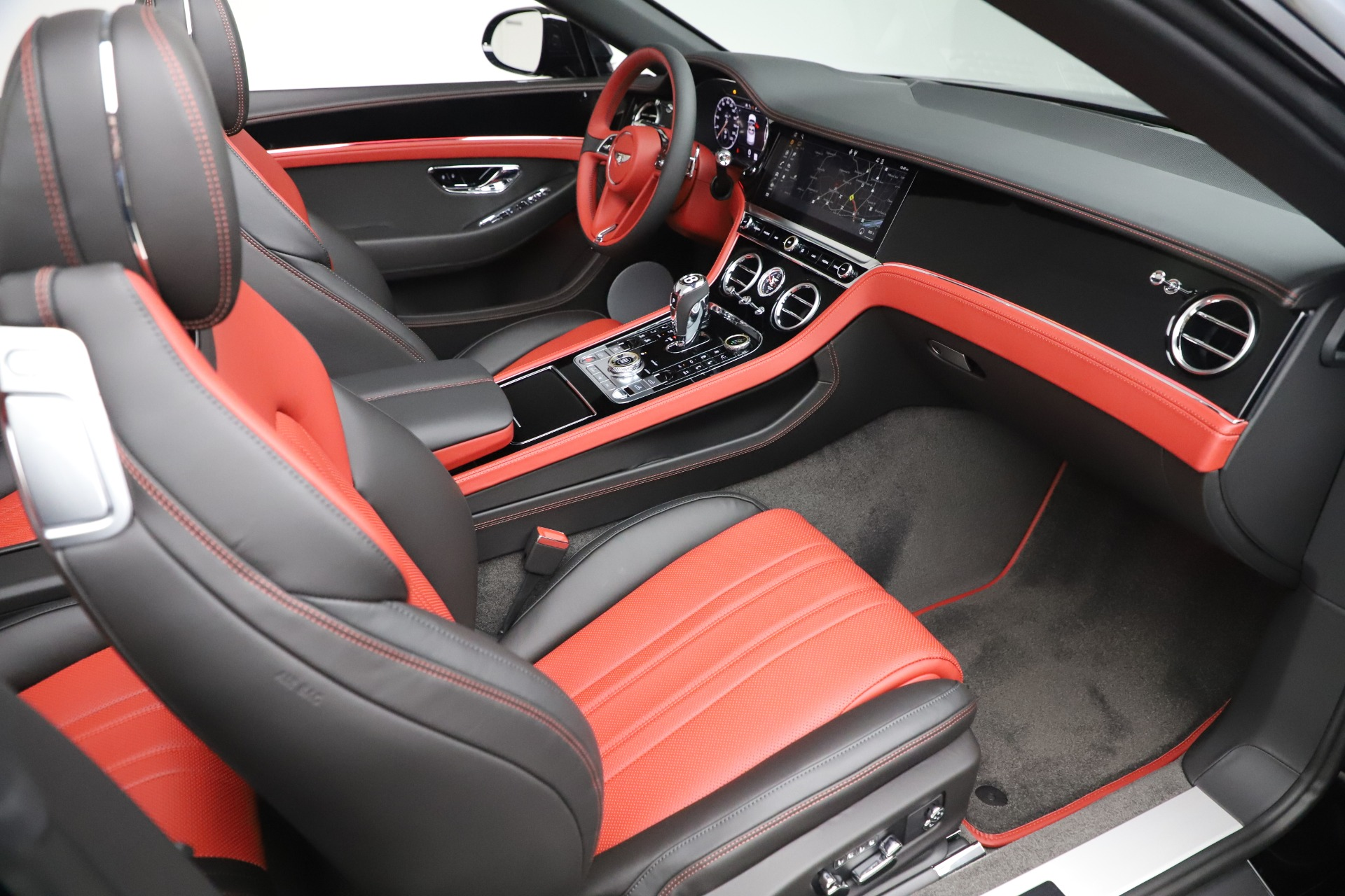 New 2020 Bentley Continental GTC V8 For Sale In Greenwich, CT. Alfa Romeo of Greenwich, B1454 3575_p31