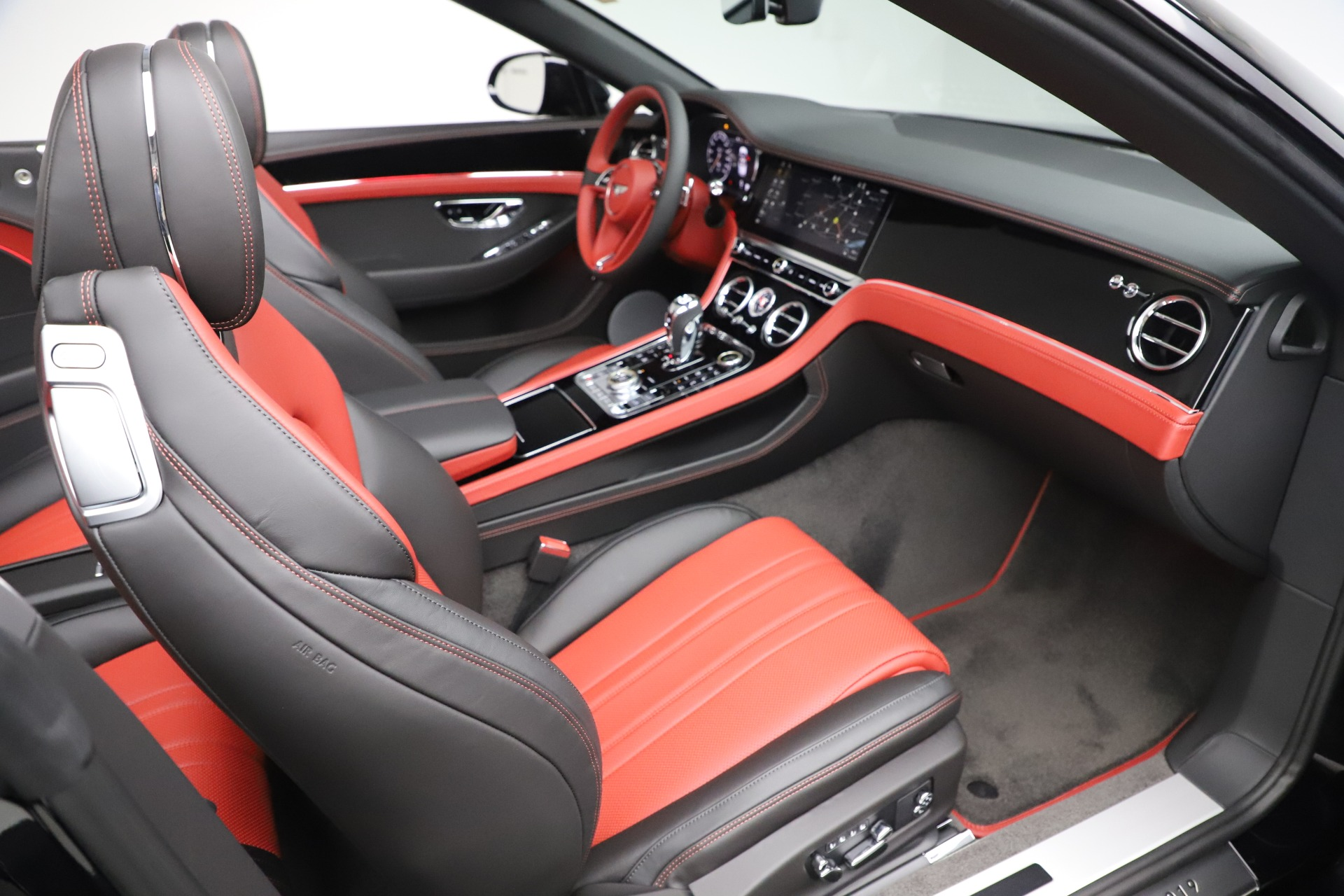 New 2020 Bentley Continental GTC V8 For Sale In Greenwich, CT. Alfa Romeo of Greenwich, B1454 3575_p33