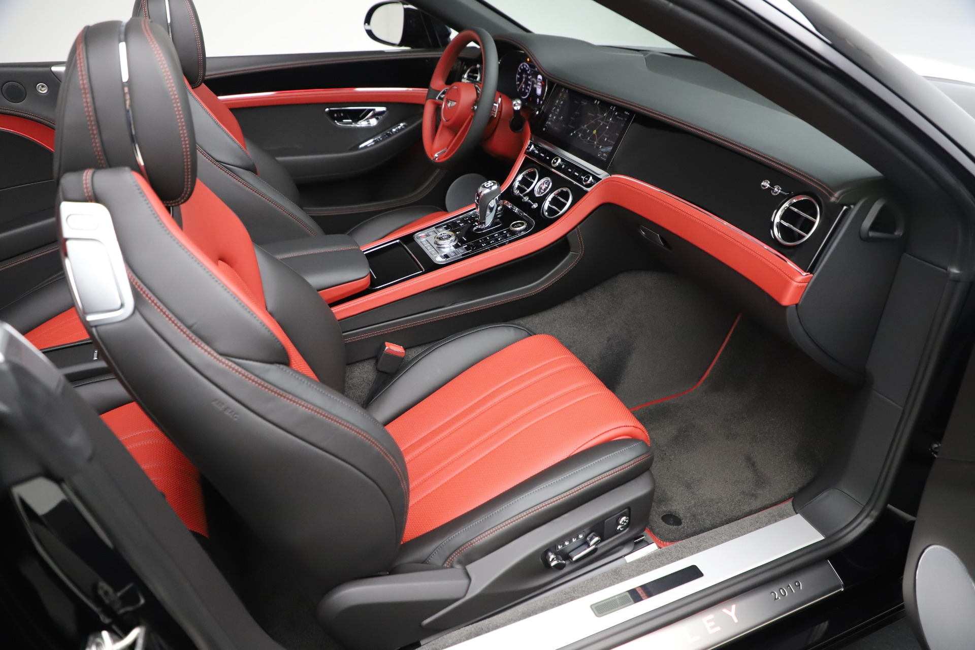 New 2020 Bentley Continental GTC V8 For Sale In Greenwich, CT. Alfa Romeo of Greenwich, B1454 3575_p34
