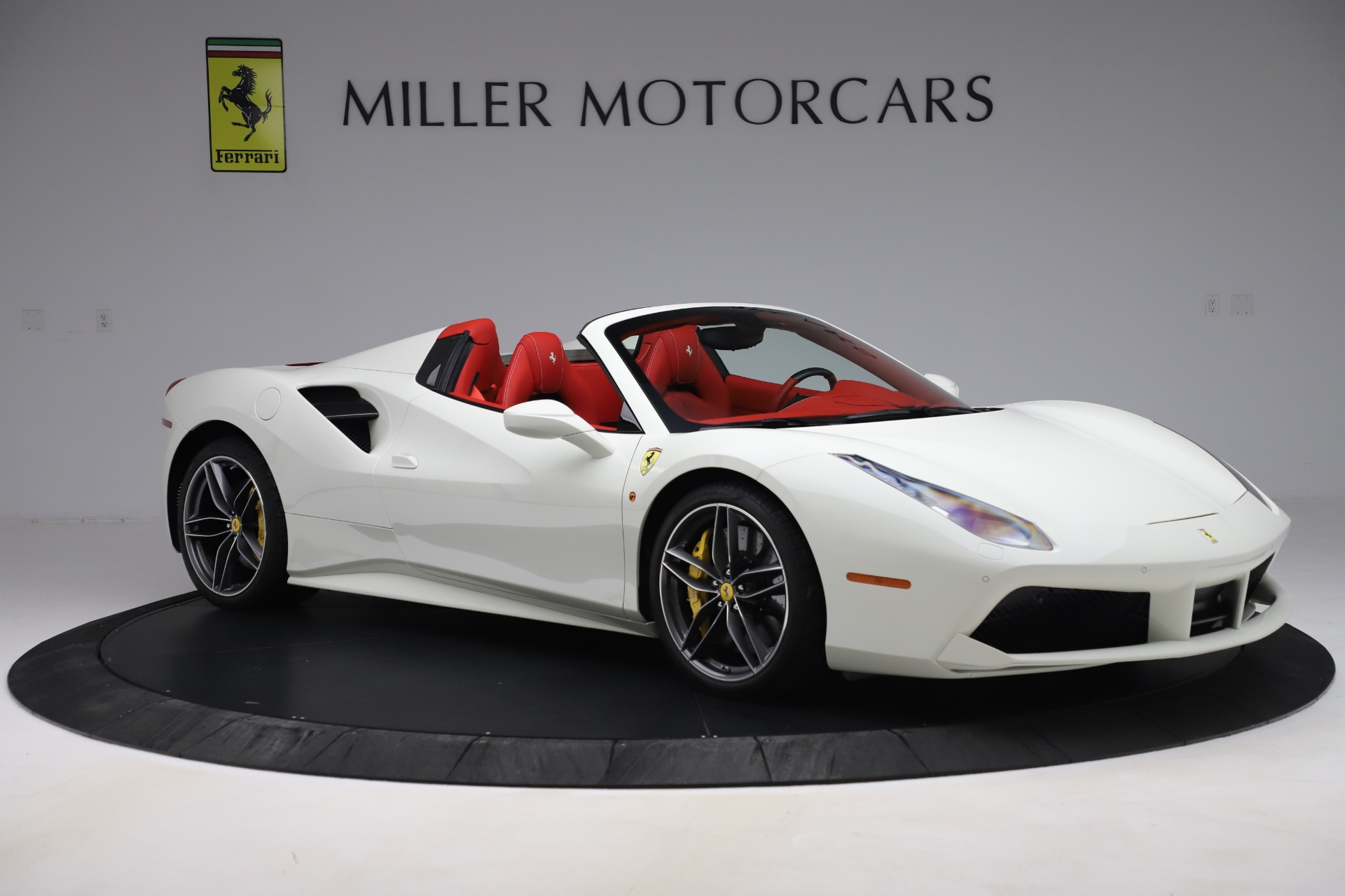 Used 2018 Ferrari 488 Spider  For Sale In Greenwich, CT. Alfa Romeo of Greenwich, 4626 3579_p10