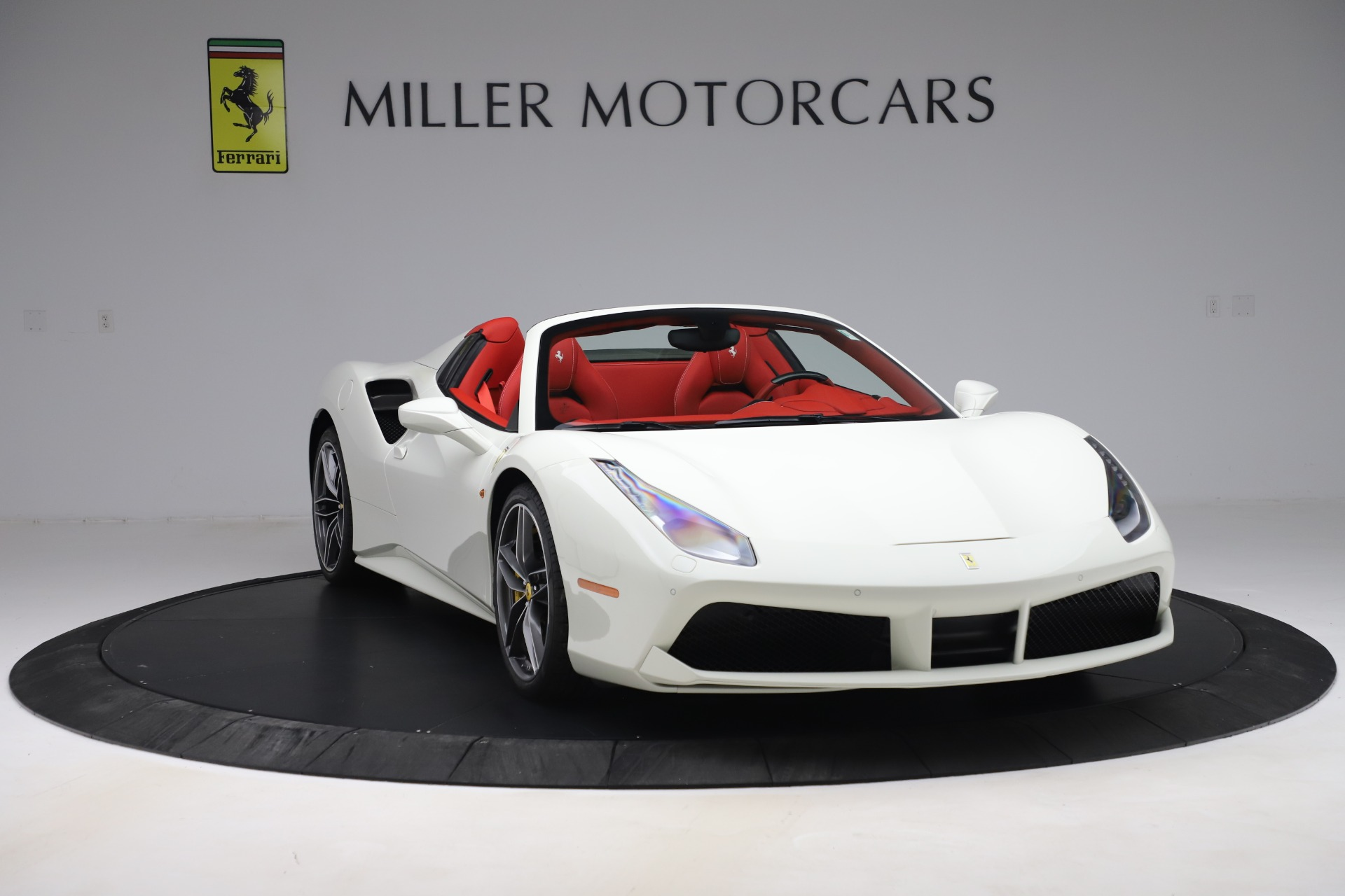 Used 2018 Ferrari 488 Spider  For Sale In Greenwich, CT. Alfa Romeo of Greenwich, 4626 3579_p11