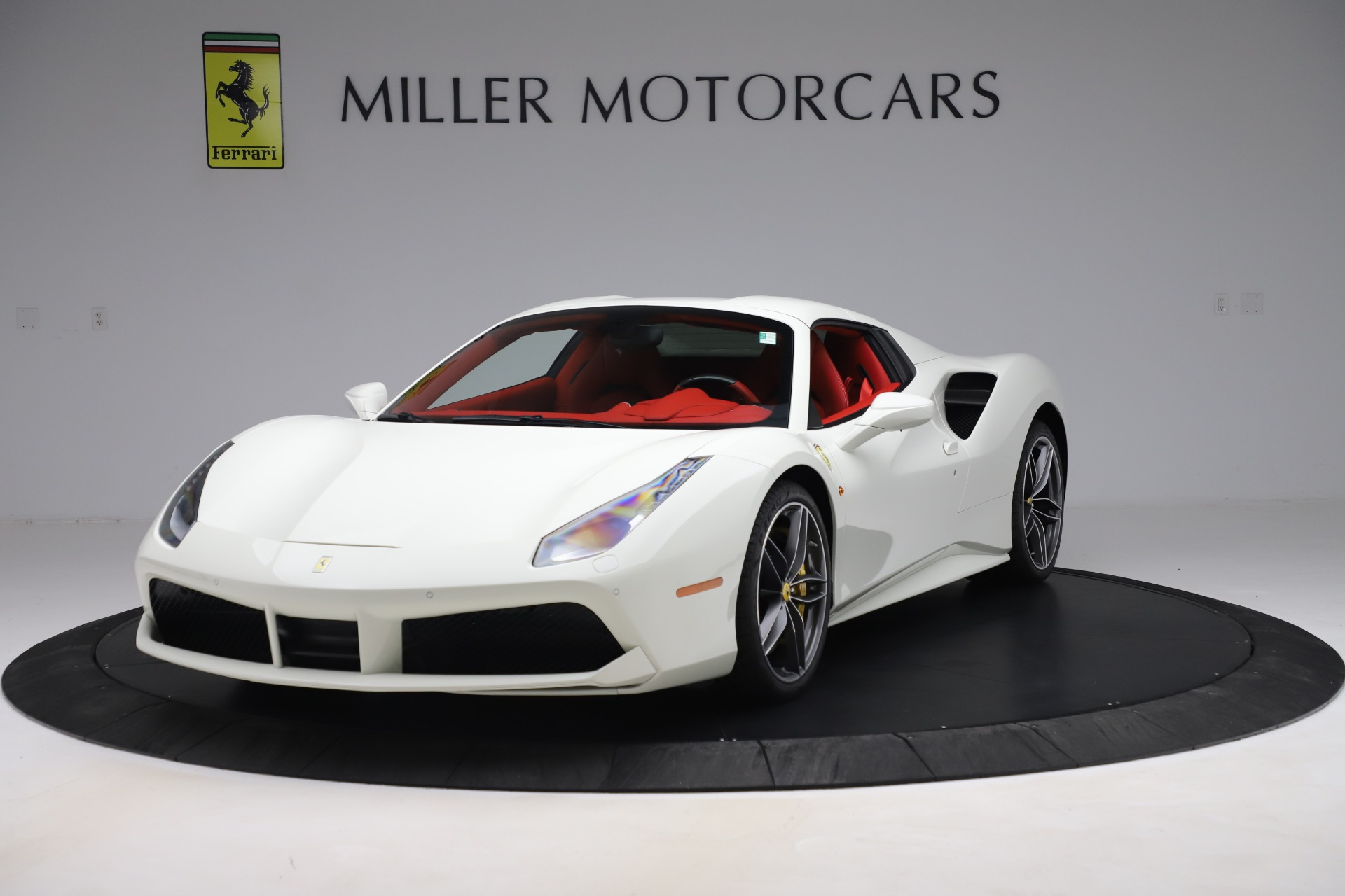 Used 2018 Ferrari 488 Spider  For Sale In Greenwich, CT. Alfa Romeo of Greenwich, 4626 3579_p13