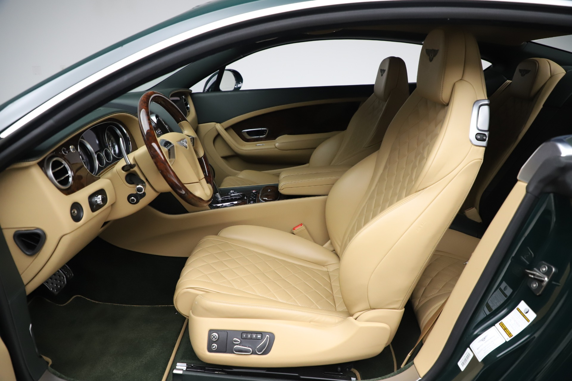 Used 2017 Bentley Continental GT V8 S For Sale In Greenwich, CT. Alfa Romeo of Greenwich, 7700 3583_p18