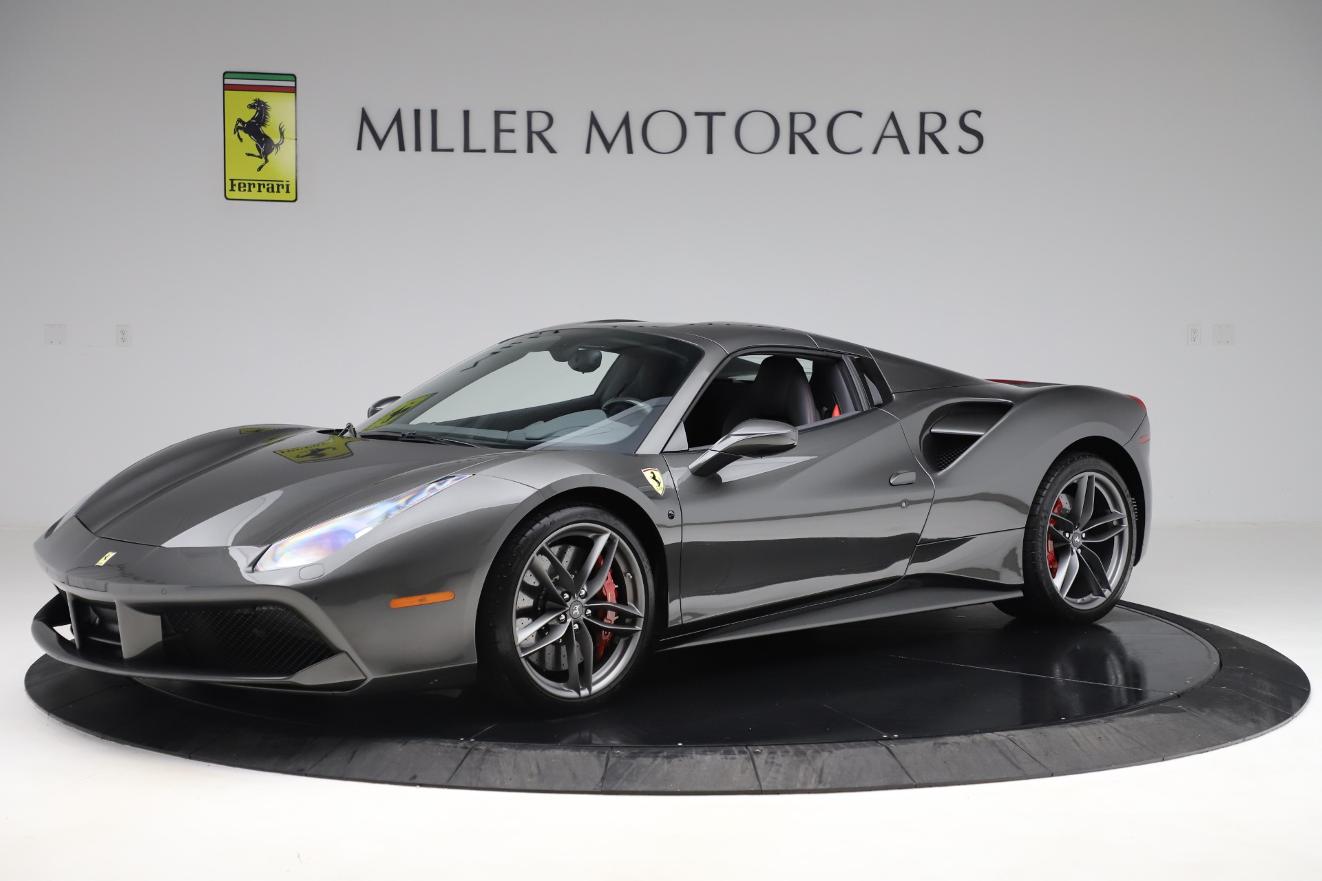 Used 2018 Ferrari 488 Spider  For Sale In Greenwich, CT. Alfa Romeo of Greenwich, 4627 3584_p13