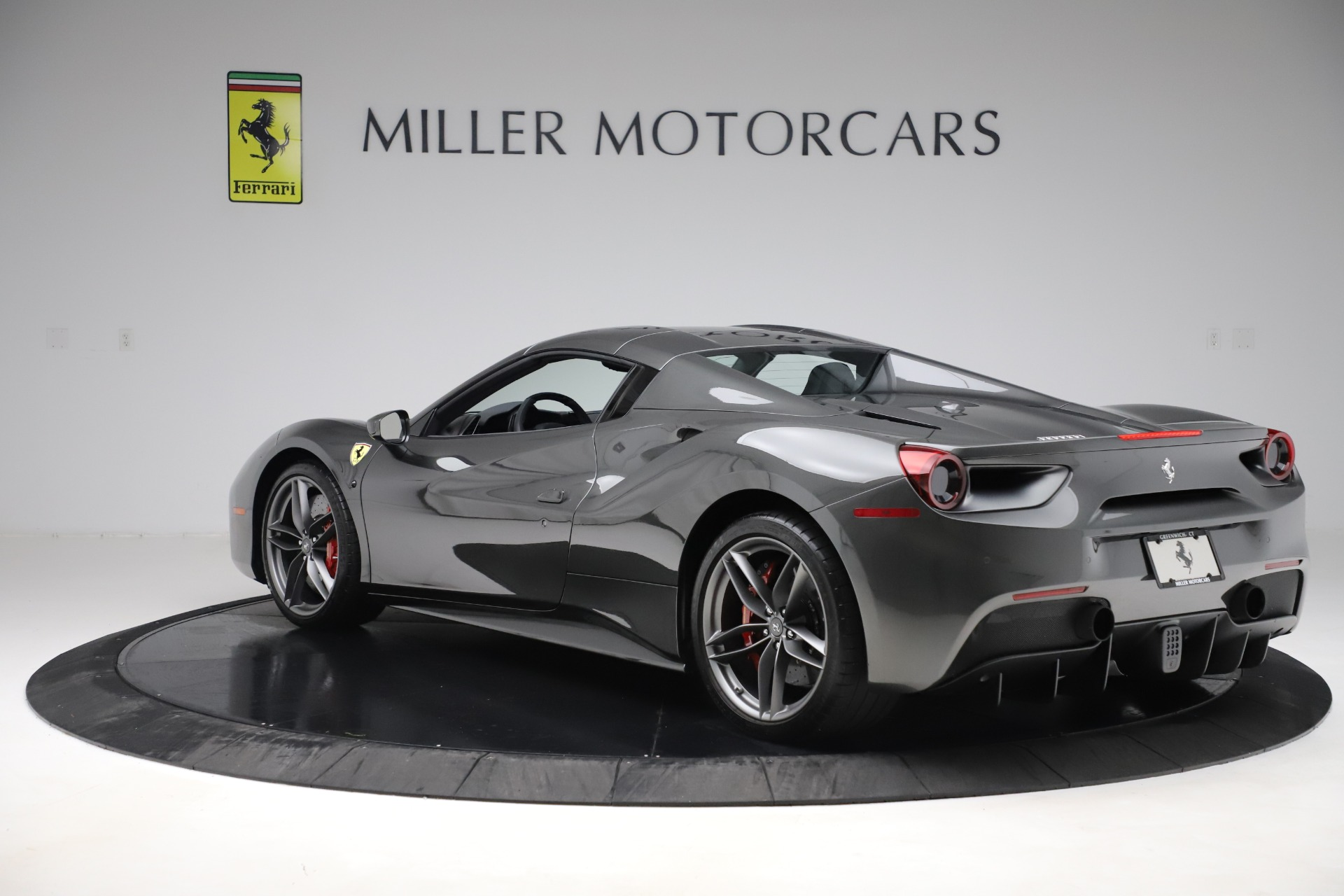 Used 2018 Ferrari 488 Spider  For Sale In Greenwich, CT. Alfa Romeo of Greenwich, 4627 3584_p15