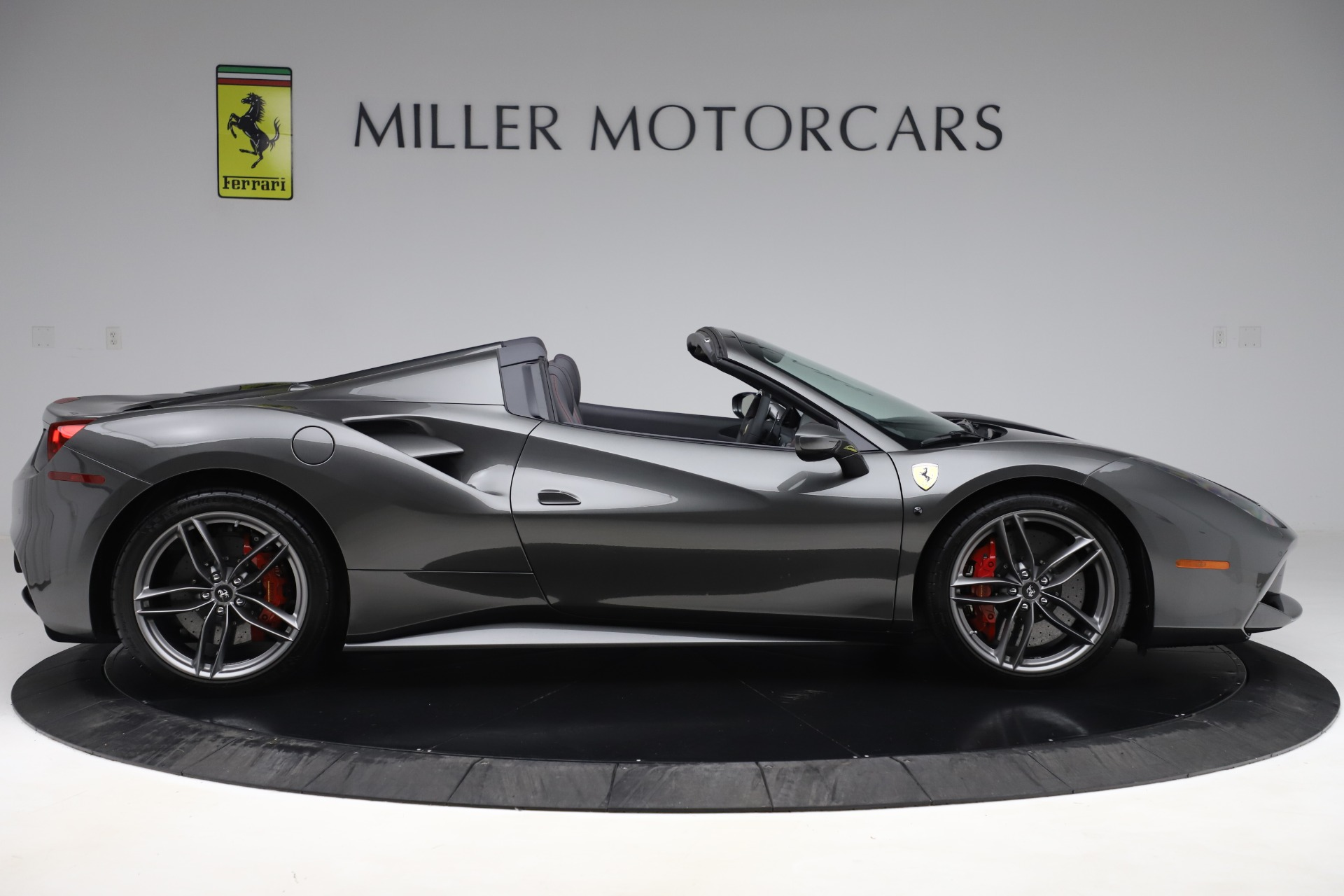Used 2018 Ferrari 488 Spider  For Sale In Greenwich, CT. Alfa Romeo of Greenwich, 4627 3584_p9