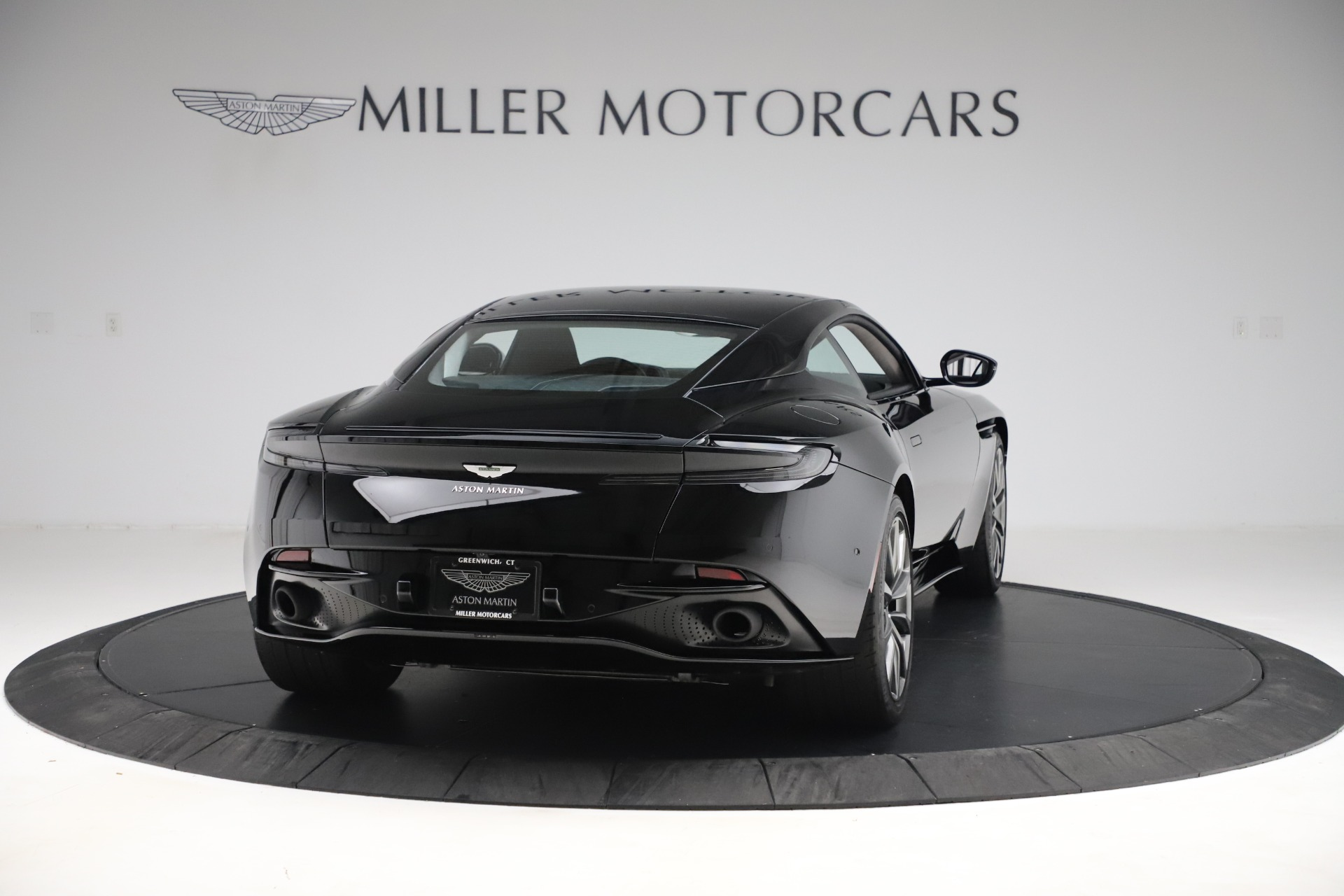Used 2018 Aston Martin DB11 V8 For Sale In Greenwich, CT. Alfa Romeo of Greenwich, 7675 3588_p6