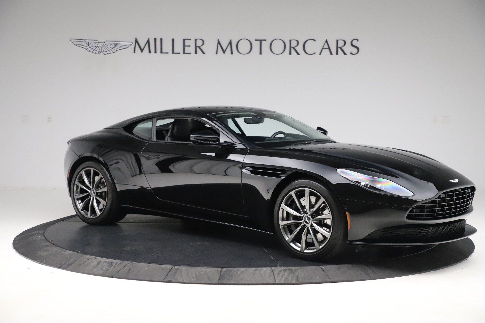 Used 2018 Aston Martin DB11 V8 For Sale In Greenwich, CT. Alfa Romeo of Greenwich, 7675 3588_p9