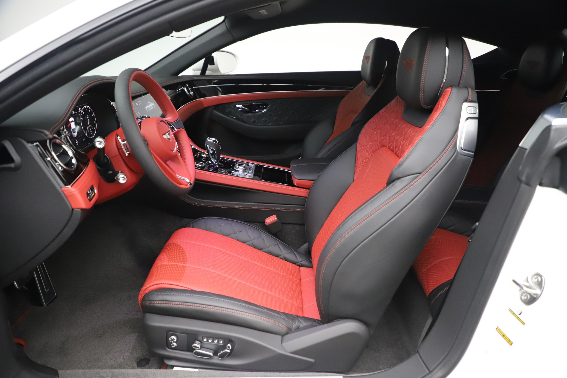 New 2020 Bentley Continental GT V8 For Sale In Greenwich, CT. Alfa Romeo of Greenwich, B1449 3590_p24