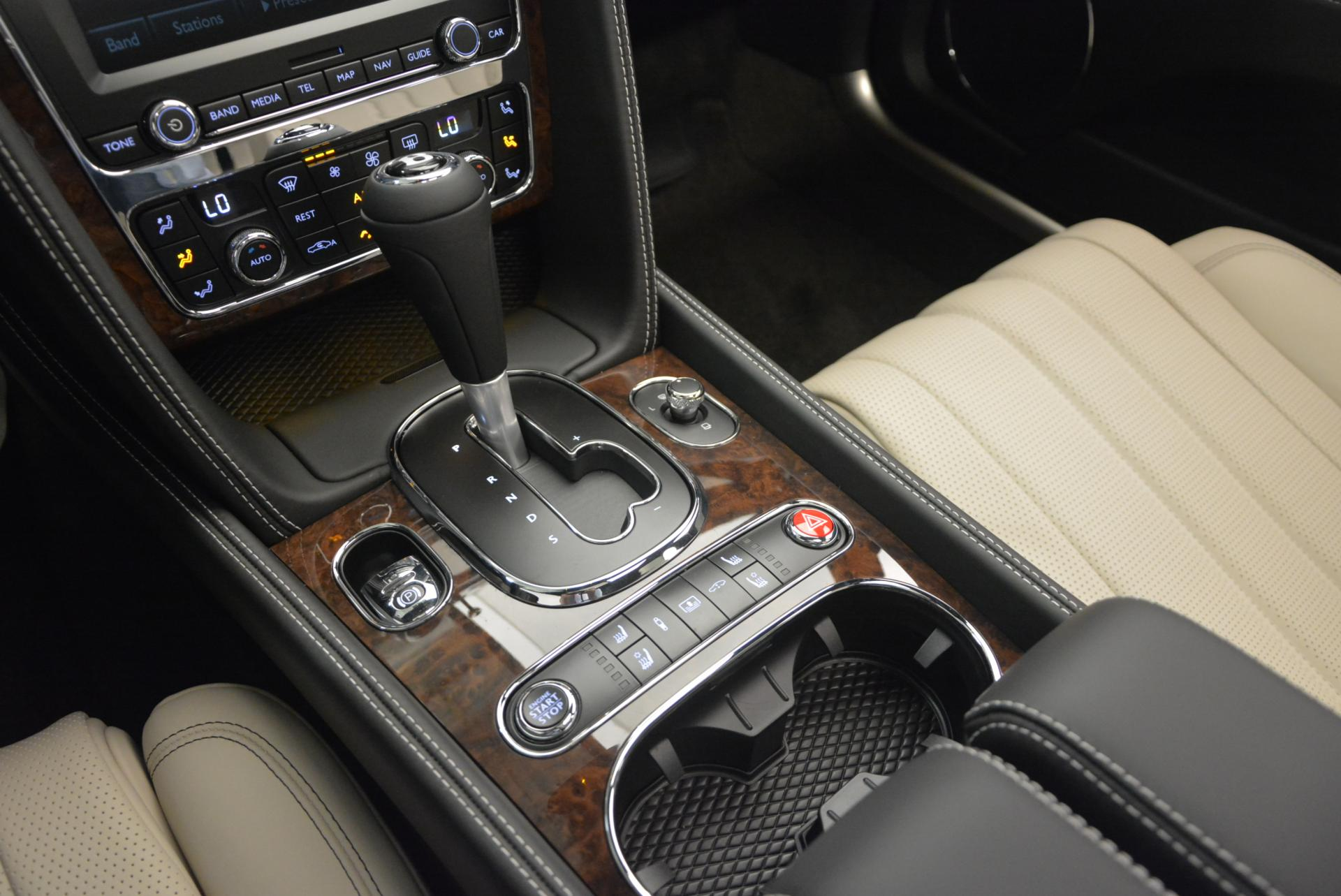 Used 2016 Bentley Flying Spur V8  For Sale In Greenwich, CT. Alfa Romeo of Greenwich, B1156 36_p28