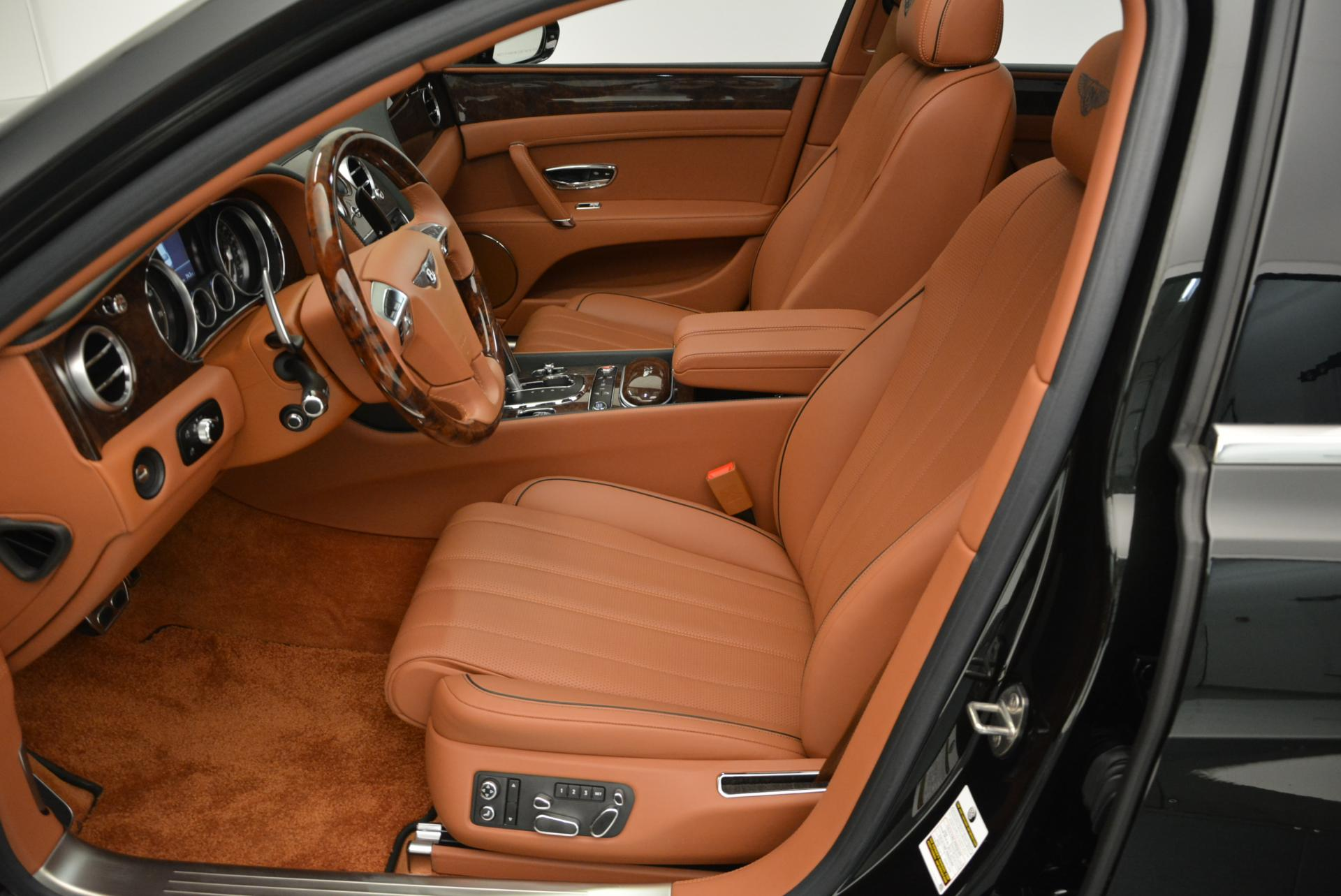 Used 2016 Bentley Flying Spur W12  For Sale In Greenwich, CT. Alfa Romeo of Greenwich, B1098 41_p25