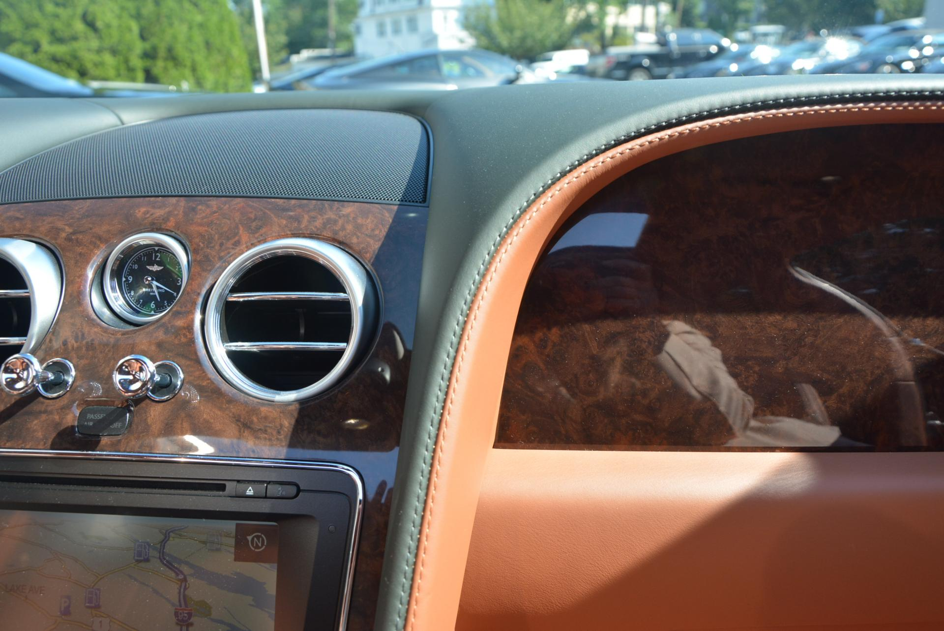 Used 2016 Bentley Flying Spur W12  For Sale In Greenwich, CT. Alfa Romeo of Greenwich, B1098 41_p28