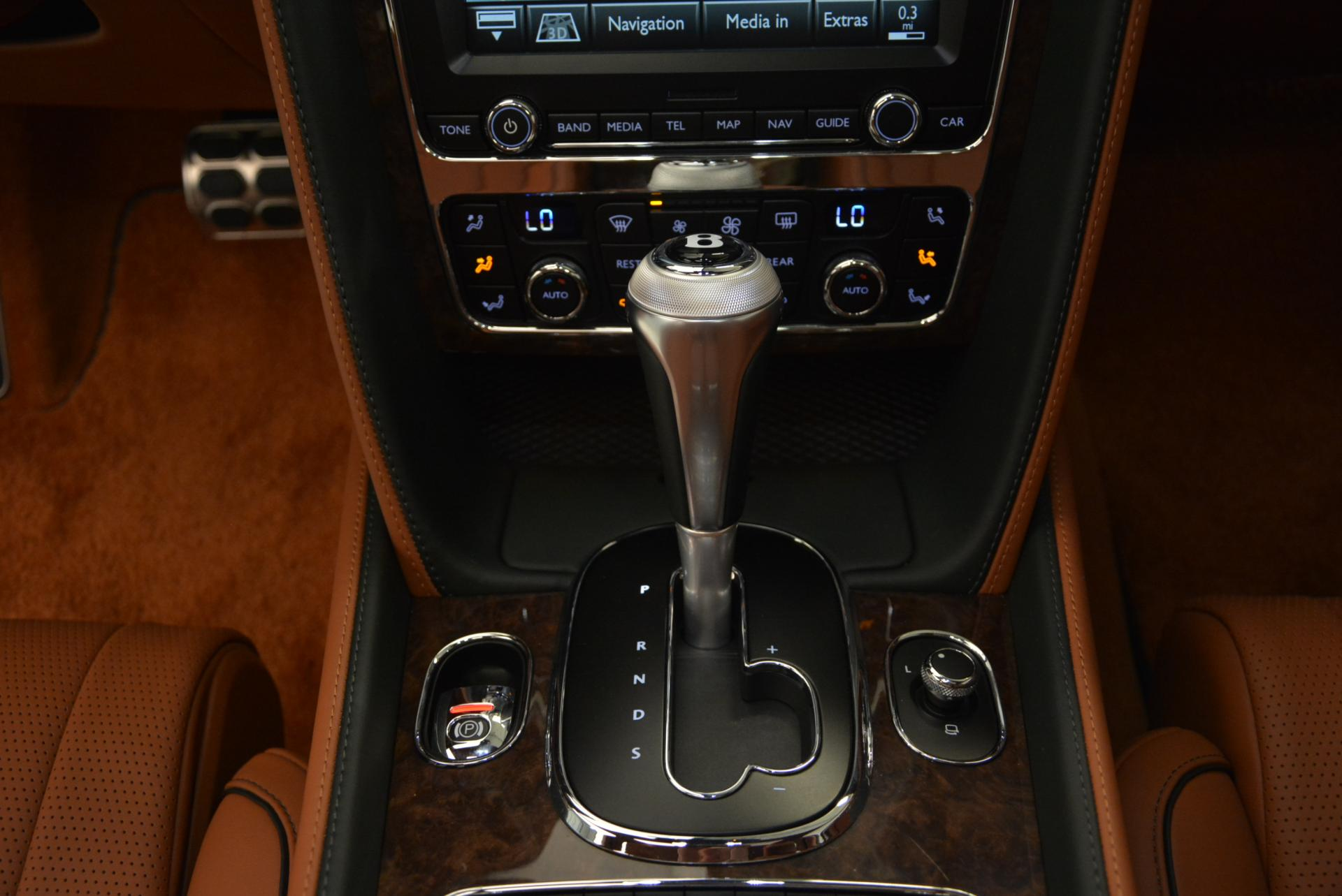 Used 2016 Bentley Flying Spur W12  For Sale In Greenwich, CT. Alfa Romeo of Greenwich, B1098 41_p36