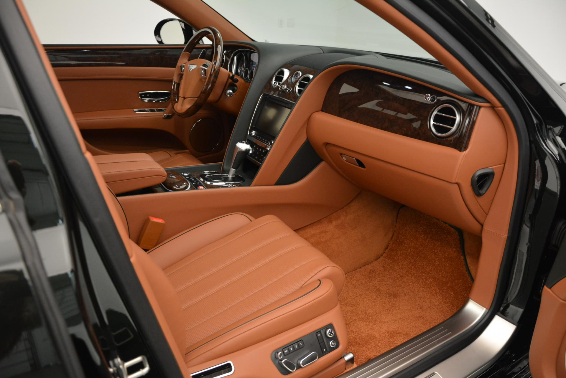Used 2016 Bentley Flying Spur W12  For Sale In Greenwich, CT. Alfa Romeo of Greenwich, B1098 41_p40