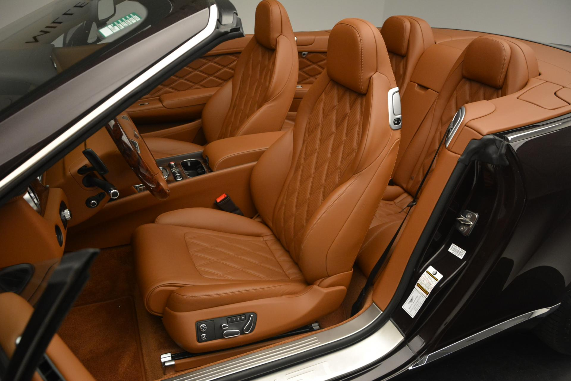 Used 2013 Bentley Continental GTC V8  For Sale In Greenwich, CT. Alfa Romeo of Greenwich, 7059 498_p33