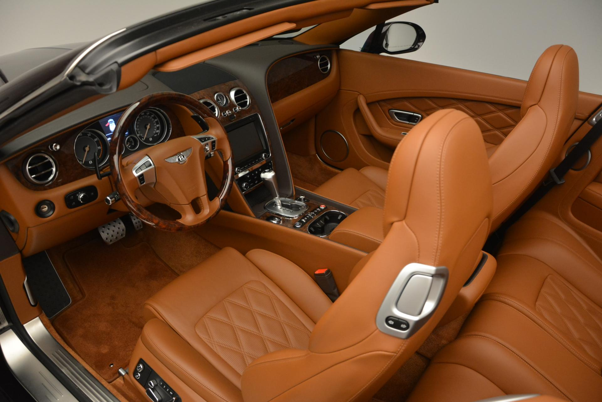 Used 2013 Bentley Continental GTC V8  For Sale In Greenwich, CT. Alfa Romeo of Greenwich, 7059 498_p35