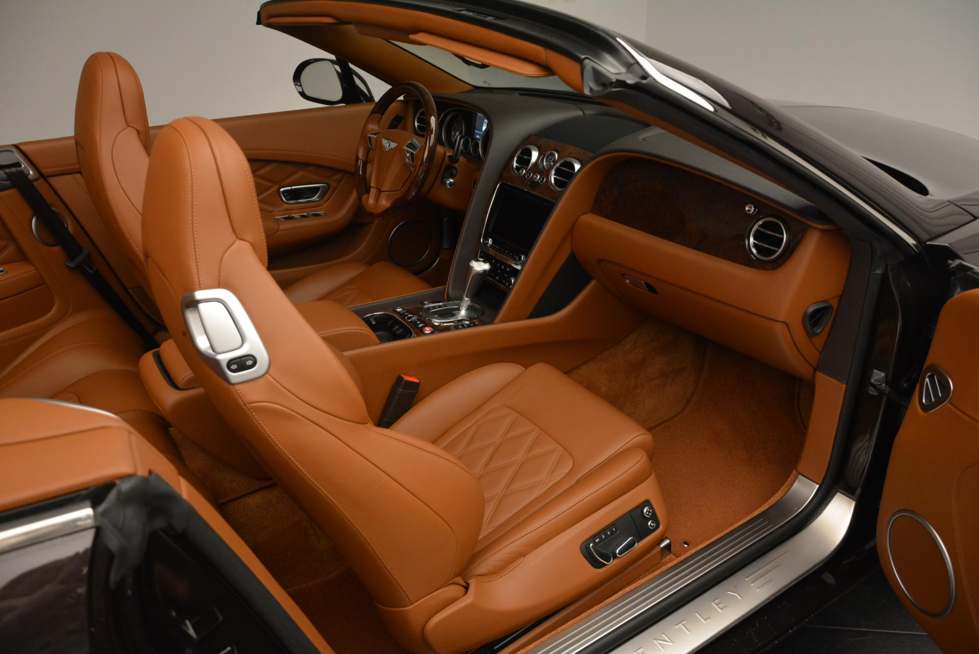 Used 2013 Bentley Continental GTC V8  For Sale In Greenwich, CT. Alfa Romeo of Greenwich, 7059 498_p48