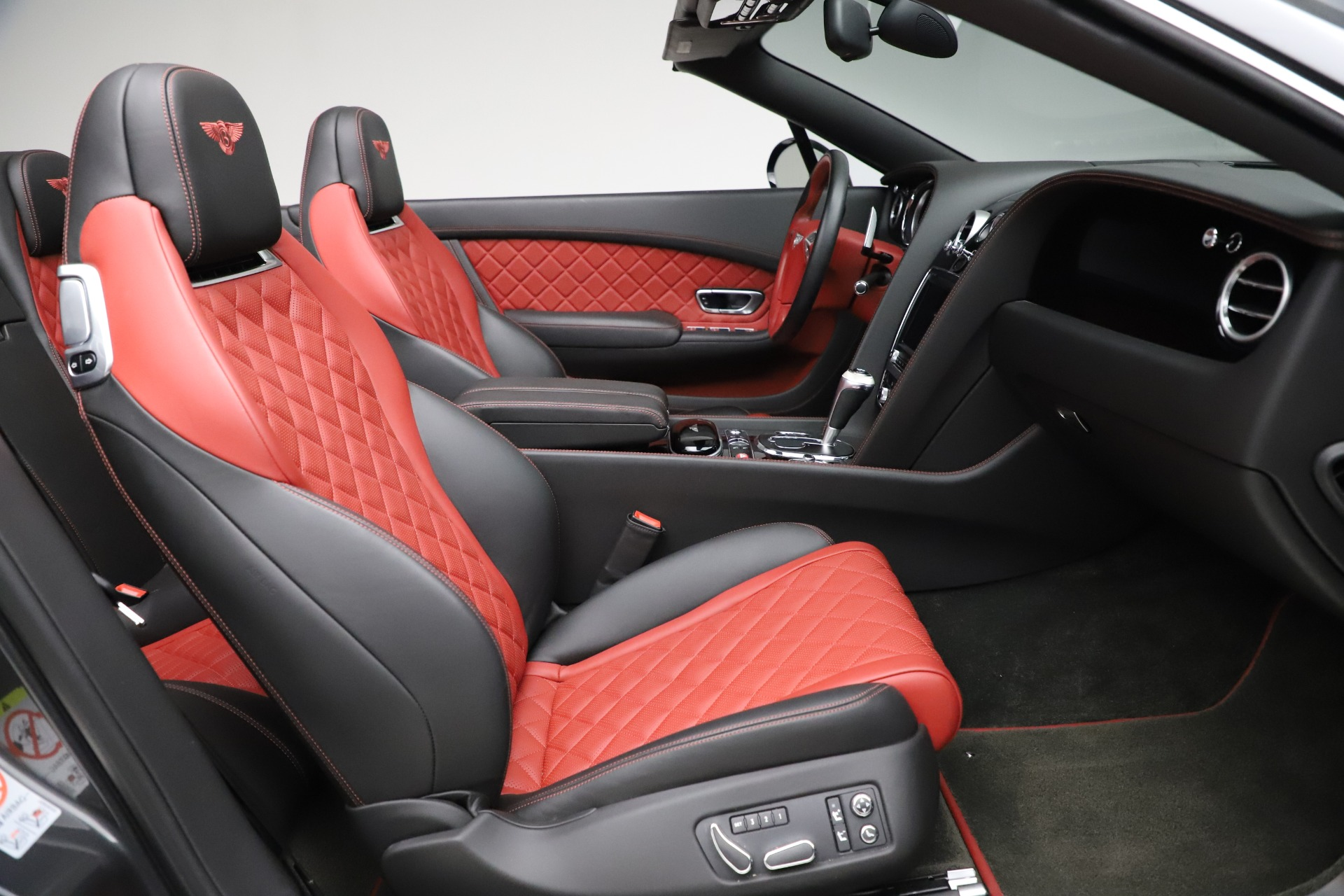 New 2017 Bentley Continental GT V8 S For Sale In Greenwich, CT. Alfa Romeo of Greenwich, B1185 499_p33