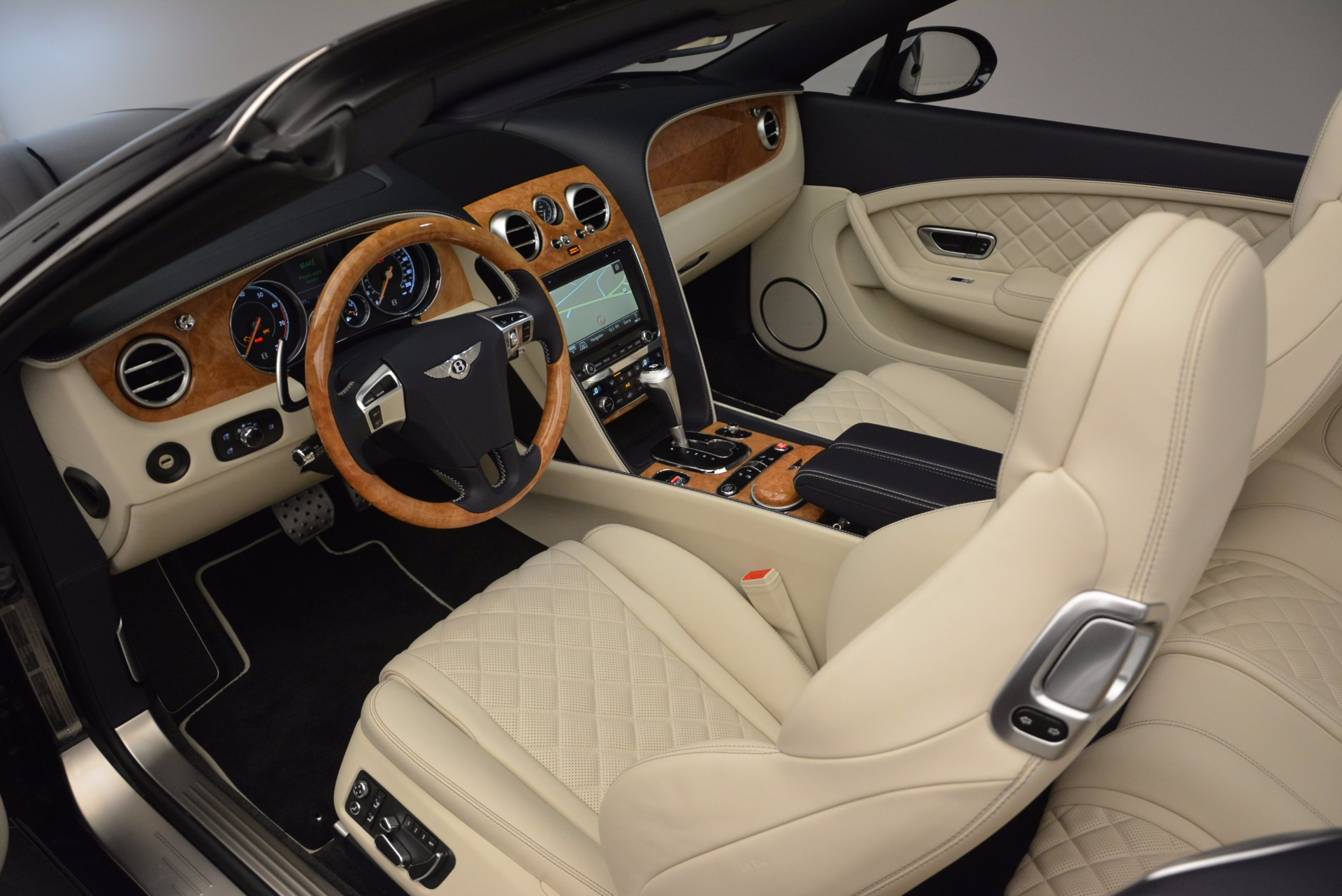 New 2017 Bentley Continental GT V8 For Sale In Greenwich, CT. Alfa Romeo of Greenwich, B1184 500_p28