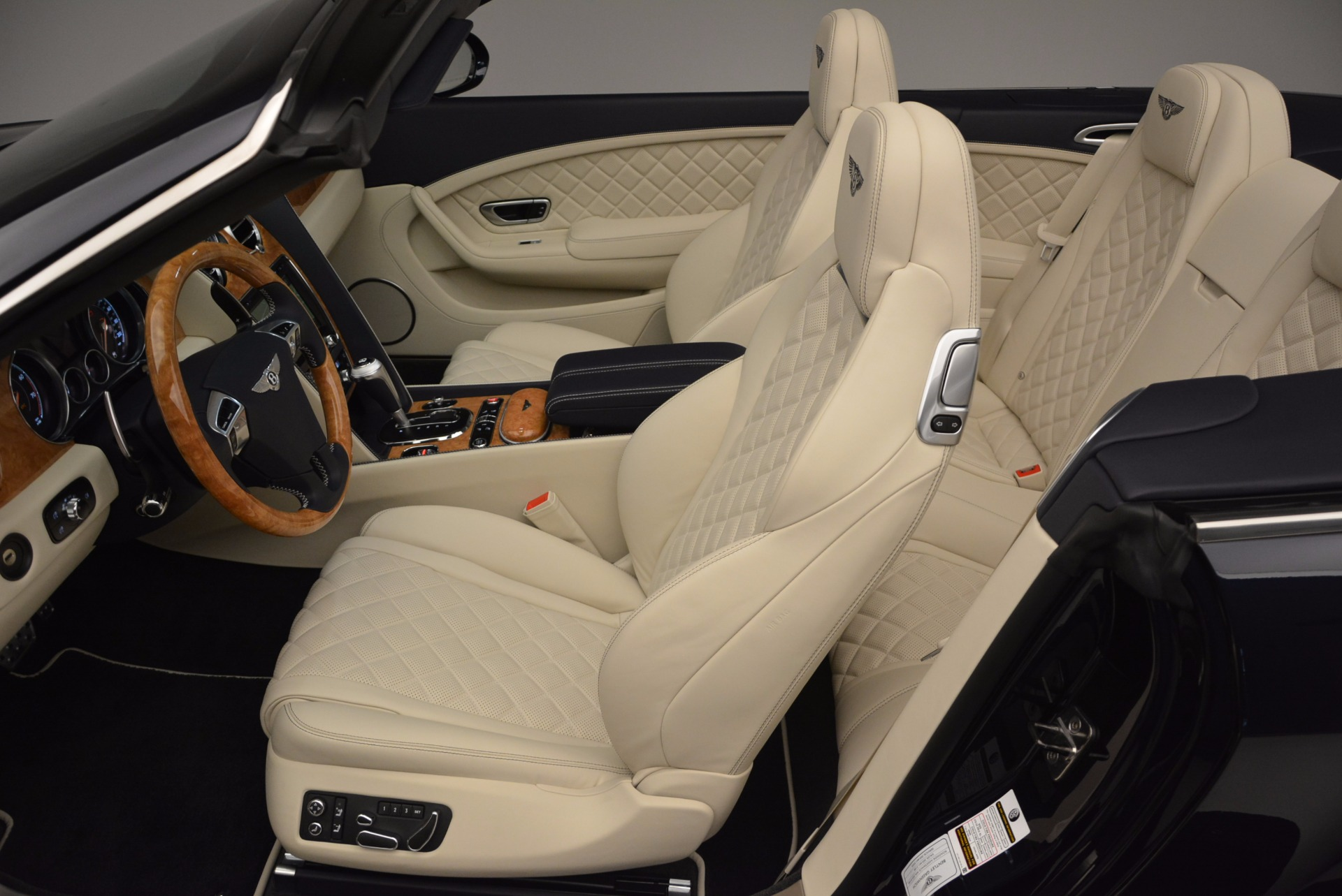 New 2017 Bentley Continental GT V8 For Sale In Greenwich, CT. Alfa Romeo of Greenwich, B1184 500_p29