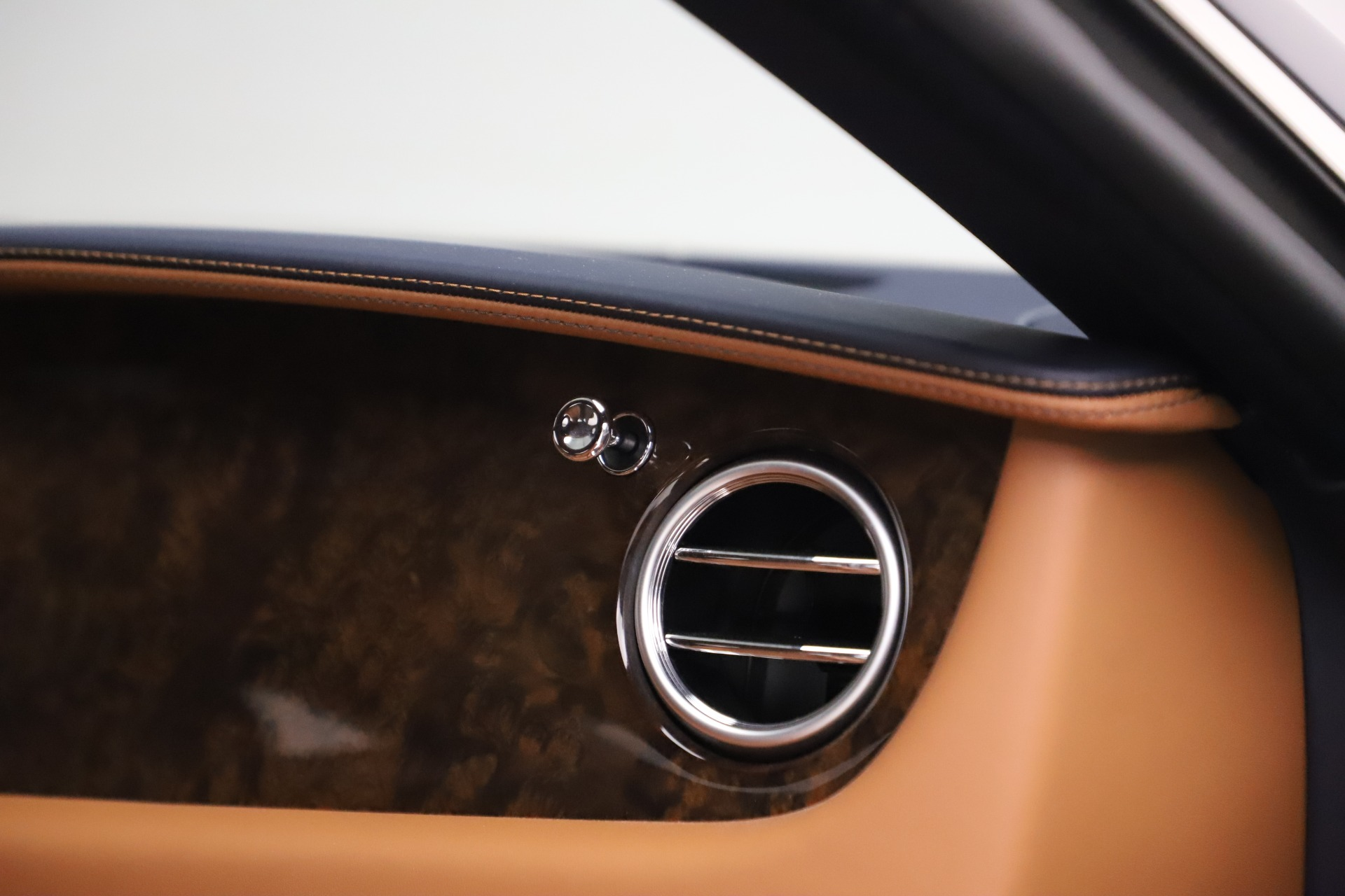 Used 2017 Bentley Continental GT V8 S For Sale In Greenwich, CT. Alfa Romeo of Greenwich, 7692 503_p28