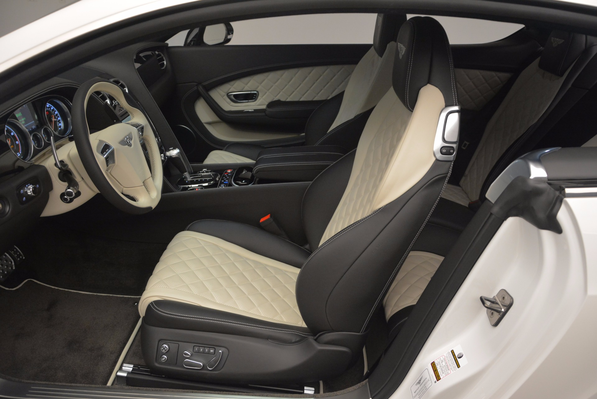 New 2017 Bentley Continental GT V8 S For Sale In Greenwich, CT. Alfa Romeo of Greenwich, B1187 504_p23