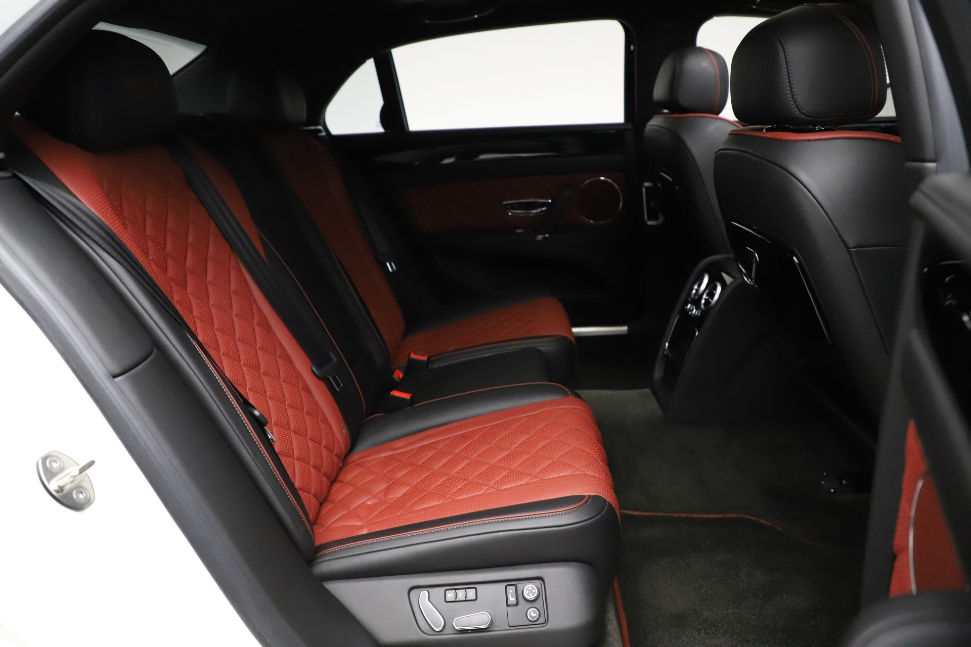 New 2017 Bentley Flying Spur V8 S For Sale In Greenwich, CT. Alfa Romeo of Greenwich, B1181 507_p25