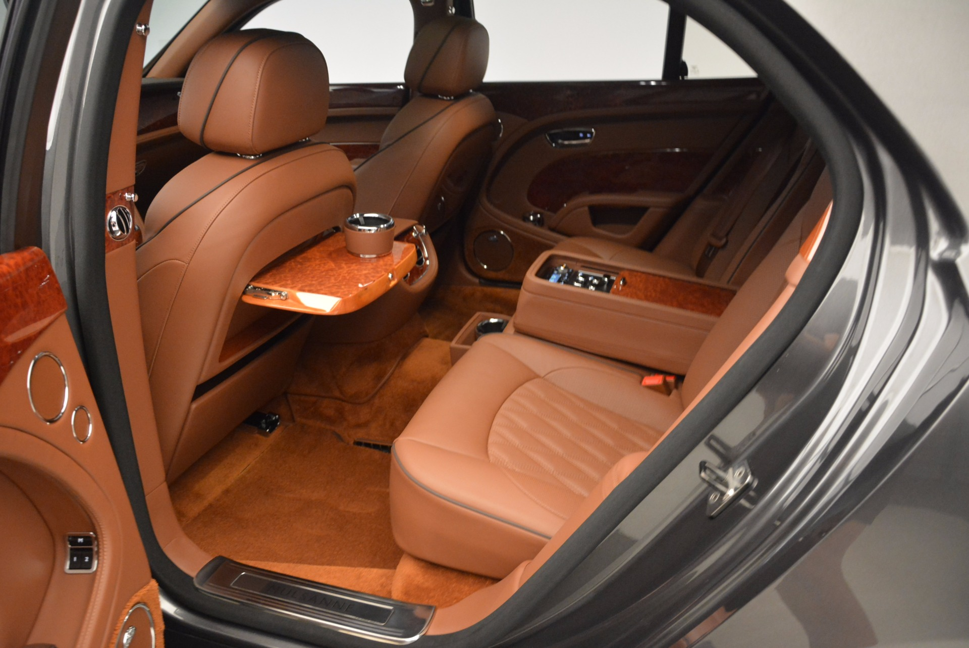 New 2017 Bentley Mulsanne  For Sale In Greenwich, CT. Alfa Romeo of Greenwich, B1186 508_p33