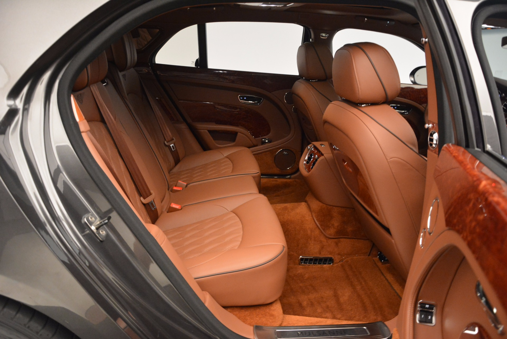 New 2017 Bentley Mulsanne  For Sale In Greenwich, CT. Alfa Romeo of Greenwich, B1186 508_p51