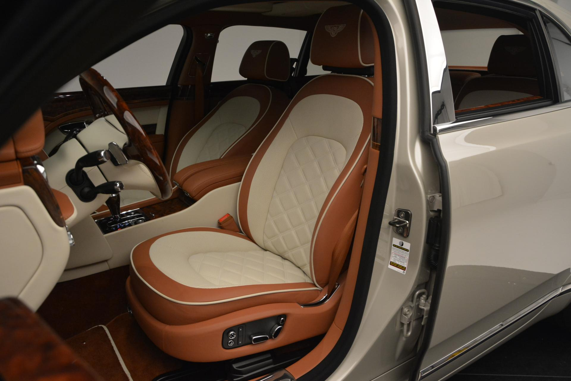 Used 2016 Bentley Mulsanne Speed  For Sale In Greenwich, CT. Alfa Romeo of Greenwich, 7076 510_p23