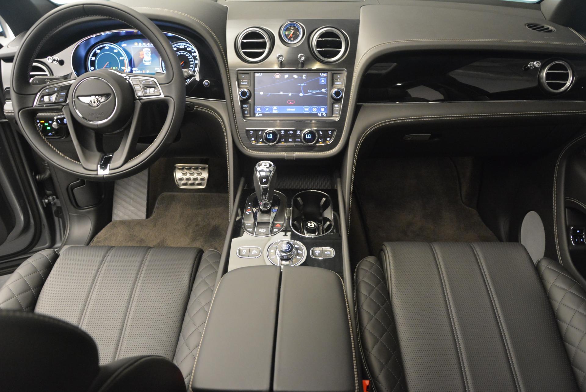 Used 2017 Bentley Bentayga W12 For Sale In Greenwich, CT. Alfa Romeo of Greenwich, 7270 511_p28