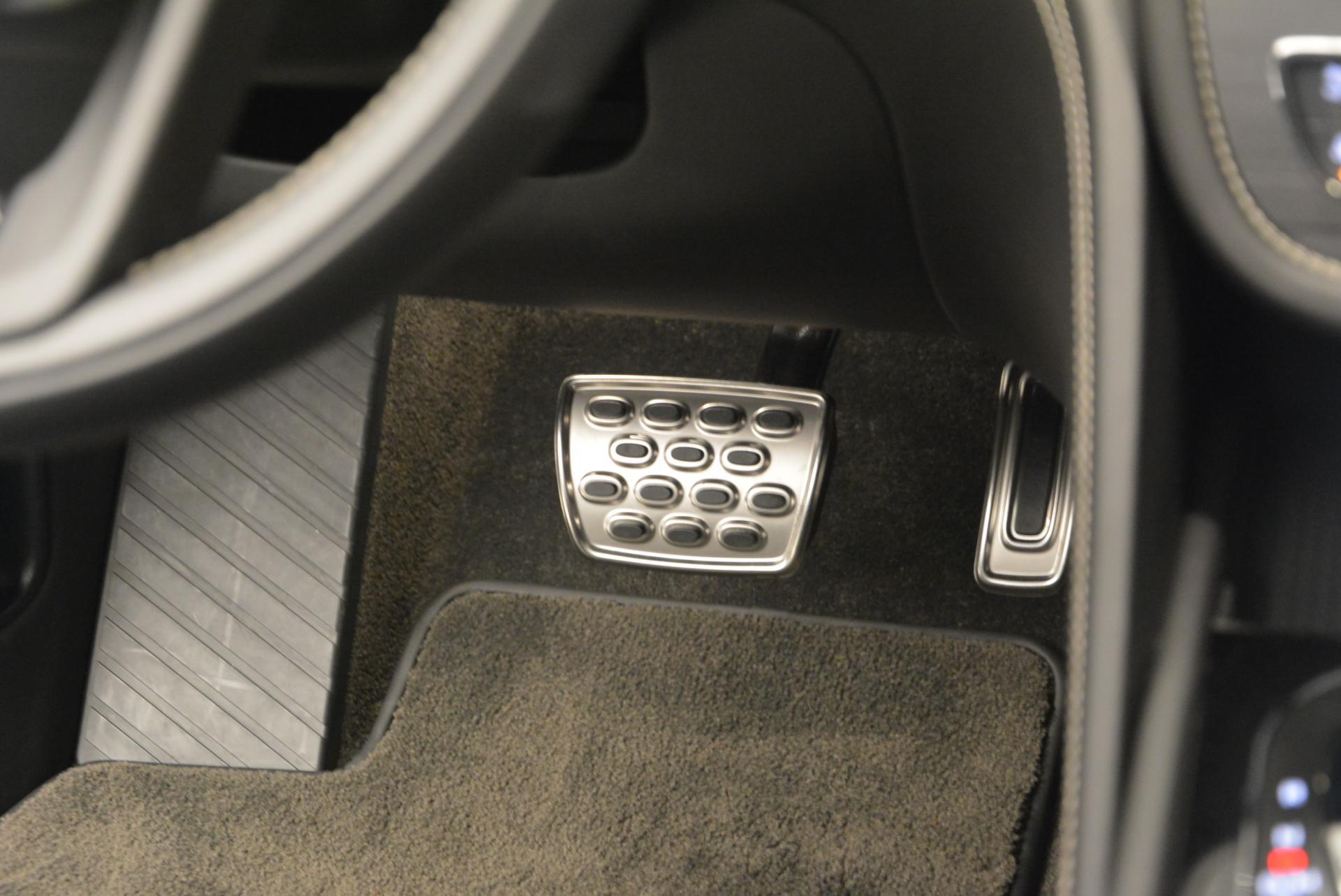 Used 2017 Bentley Bentayga W12 For Sale In Greenwich, CT. Alfa Romeo of Greenwich, 7270 511_p31