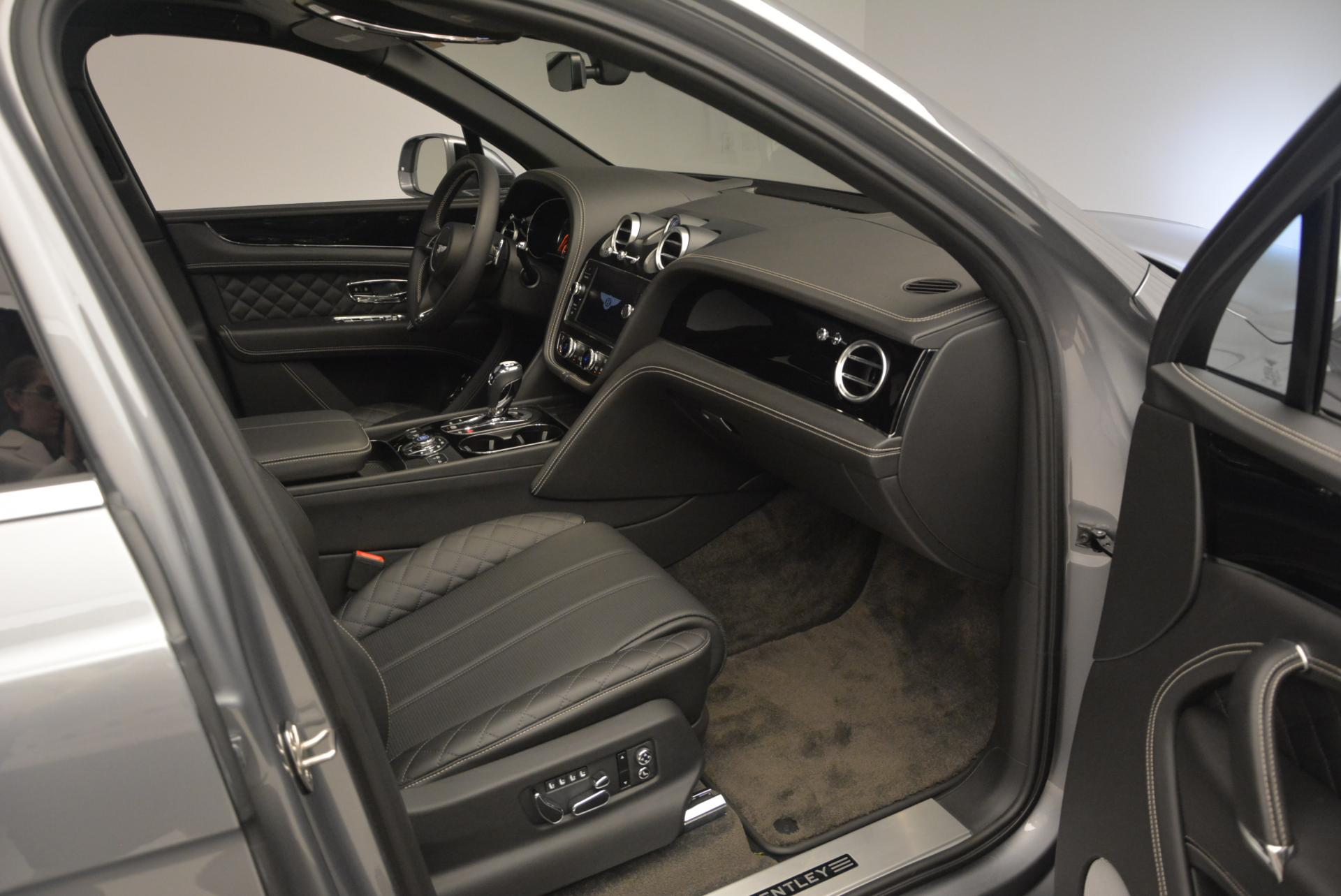 Used 2017 Bentley Bentayga W12 For Sale In Greenwich, CT. Alfa Romeo of Greenwich, 7270 511_p46
