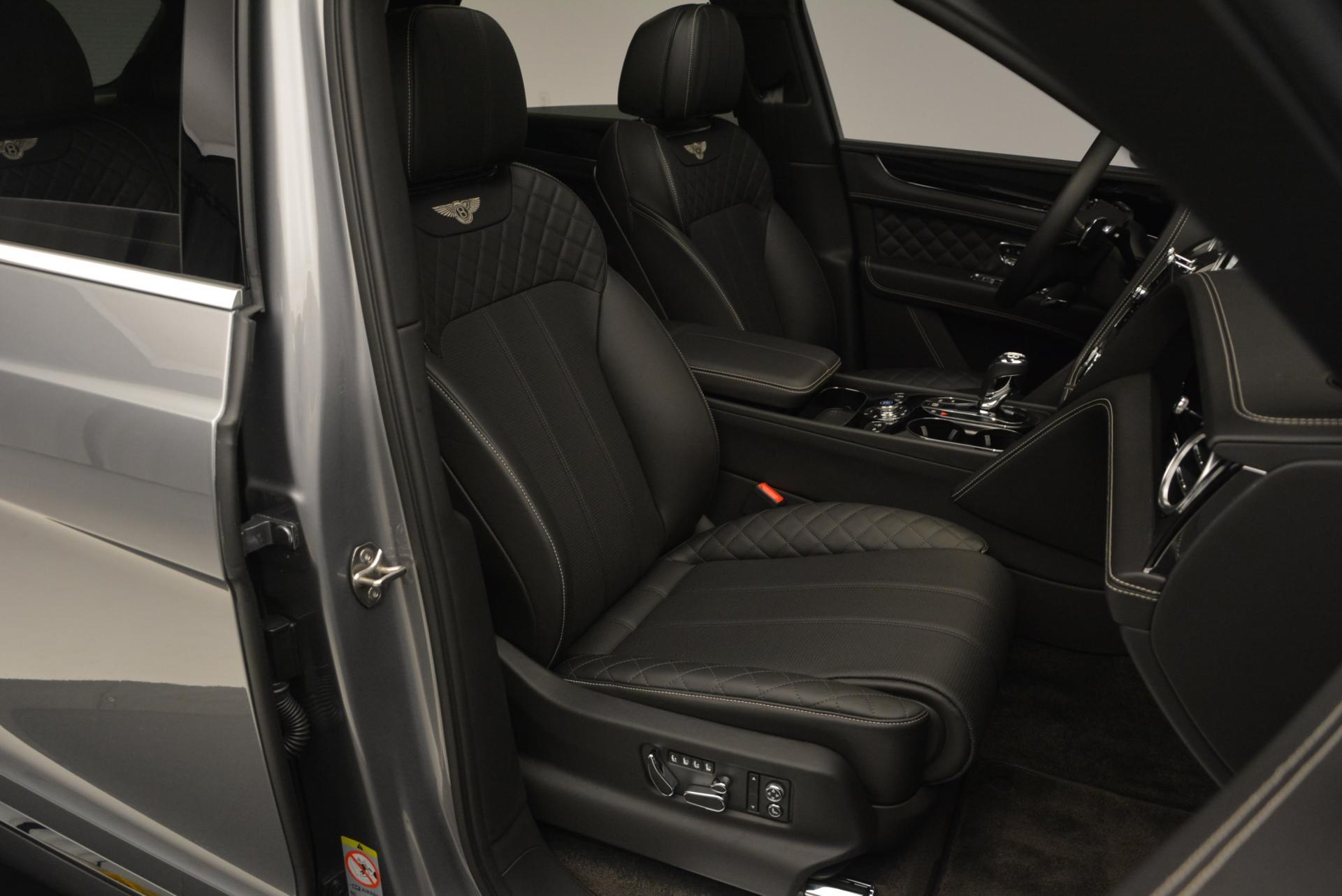 Used 2017 Bentley Bentayga W12 For Sale In Greenwich, CT. Alfa Romeo of Greenwich, 7270 511_p48
