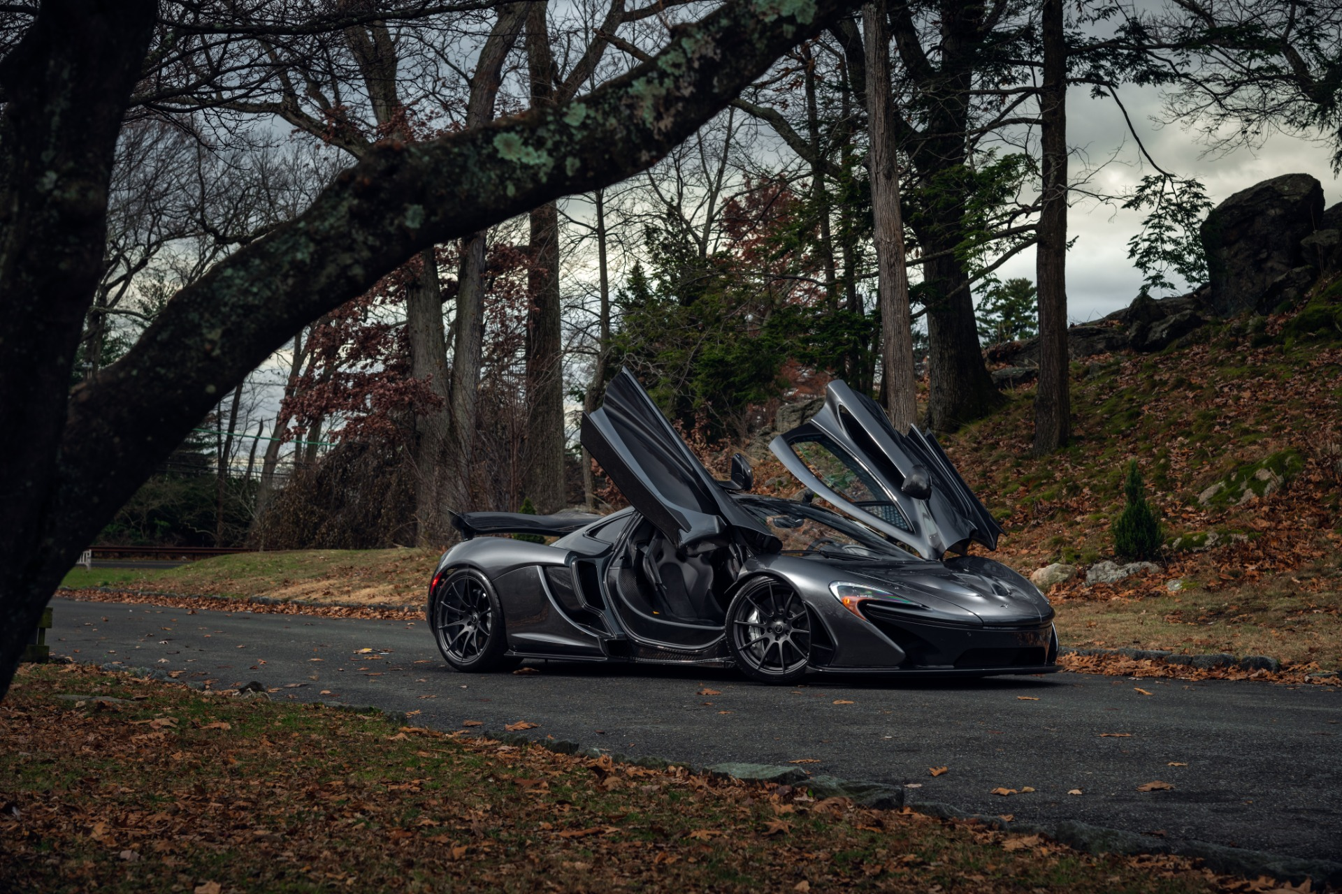 Used 2014 McLaren P1 Coupe For Sale In Greenwich, CT. Alfa Romeo of Greenwich, 3100 513_p24