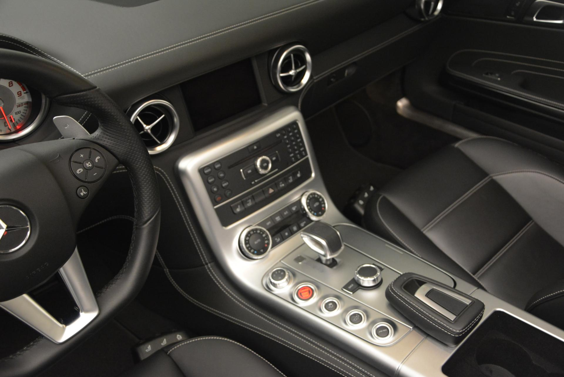 Used 2012 Mercedes Benz SLS AMG  For Sale In Greenwich, CT. Alfa Romeo of Greenwich, 7058 517_p27