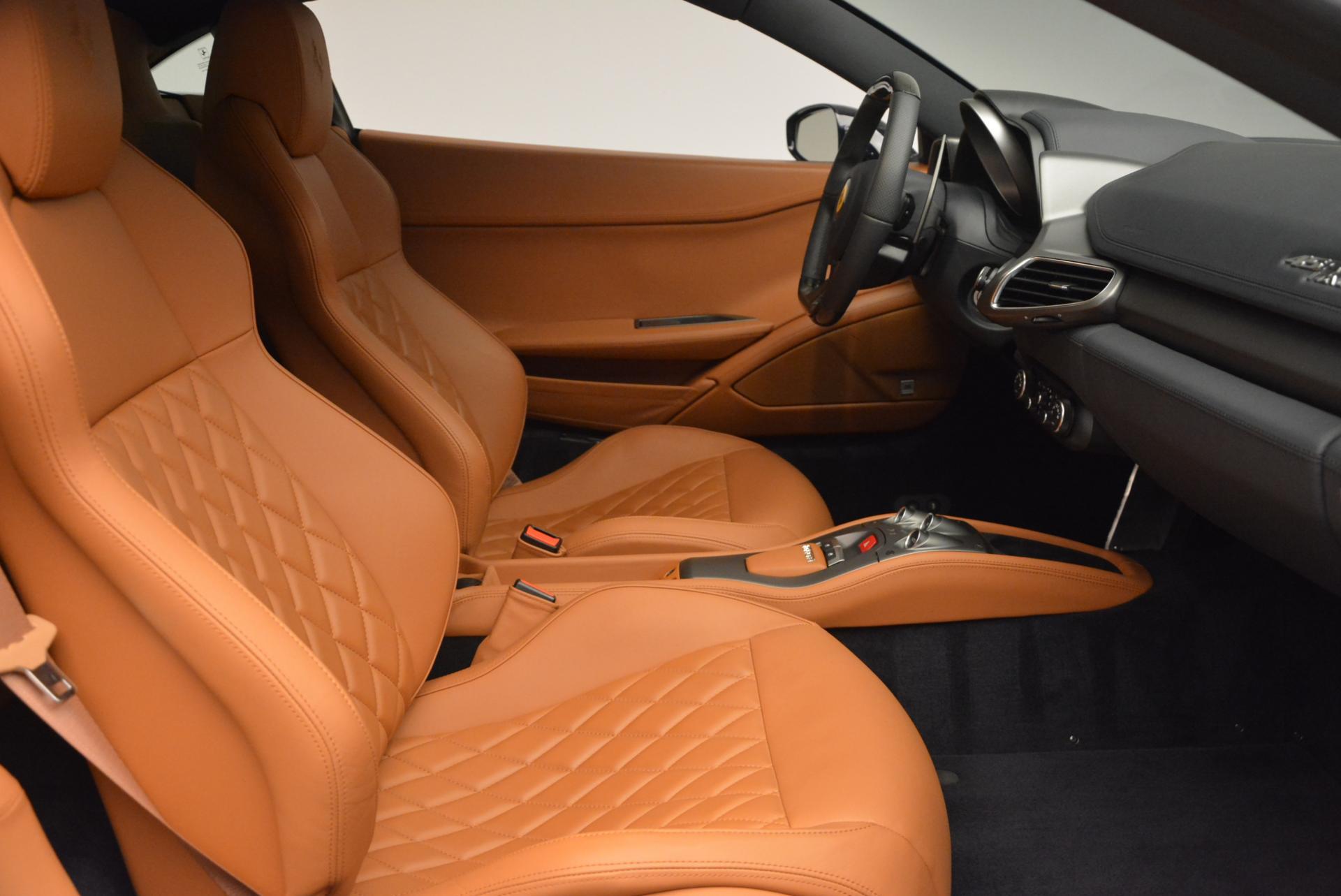 Used 2010 Ferrari 458 Italia  For Sale In Greenwich, CT. Alfa Romeo of Greenwich, 4332 543_p18
