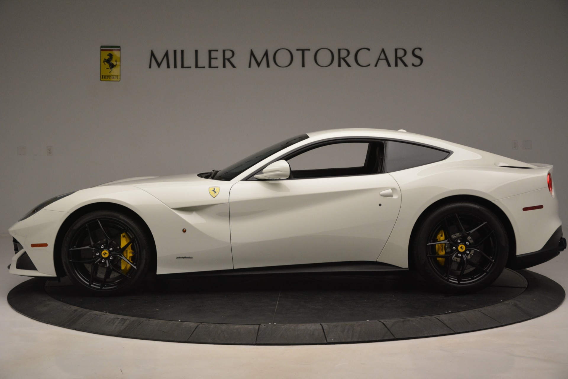 Used 2015 Ferrari F12 Berlinetta  For Sale In Greenwich, CT. Alfa Romeo of Greenwich, 4549 546_p3