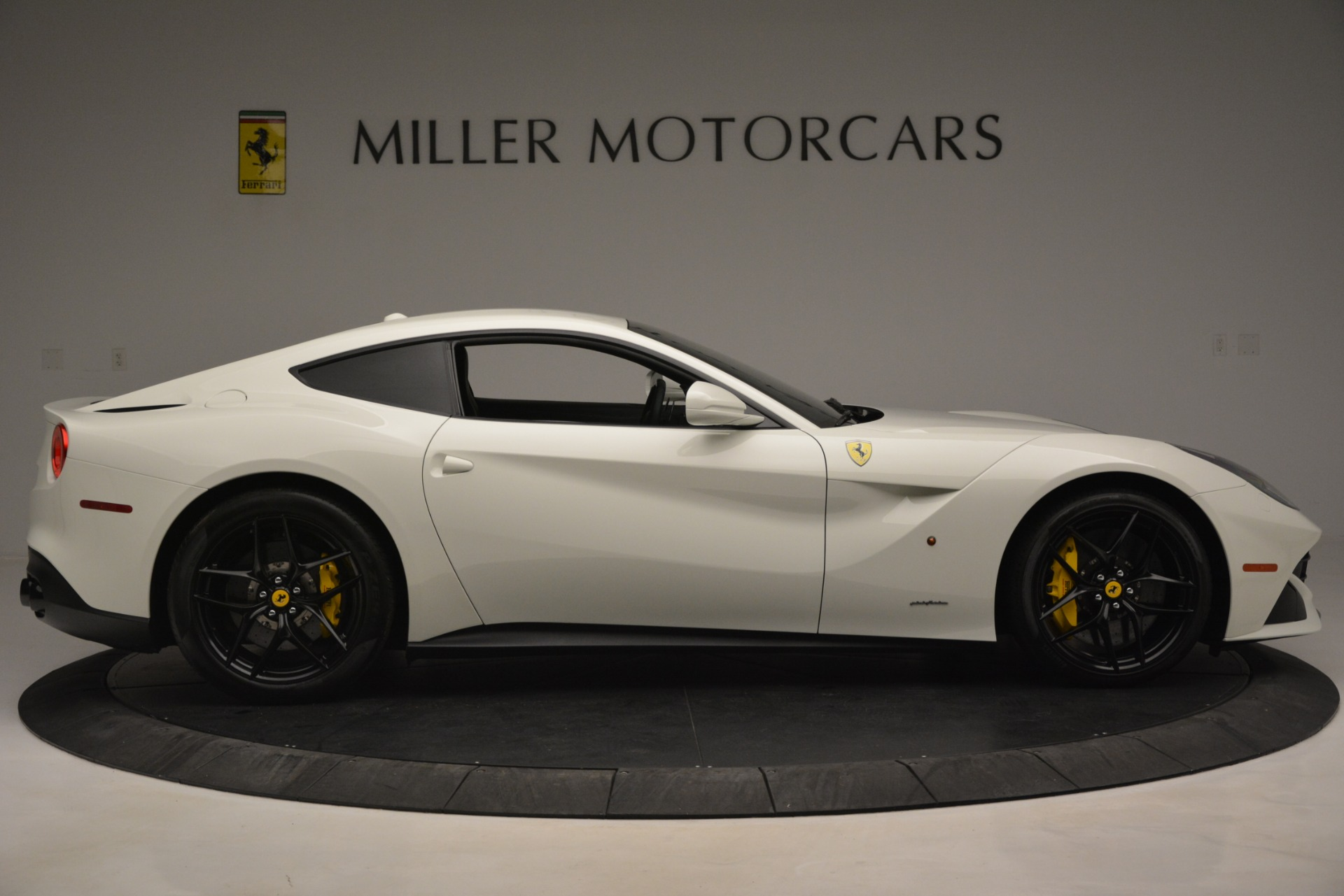 Used 2015 Ferrari F12 Berlinetta  For Sale In Greenwich, CT. Alfa Romeo of Greenwich, 4549 546_p9