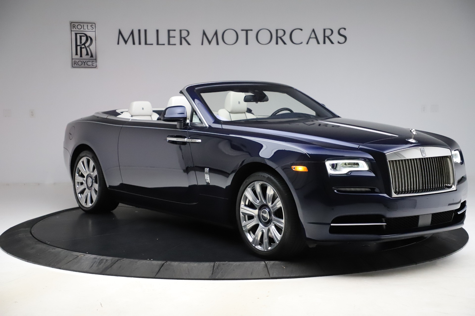 Used 2016 Rolls-Royce Dawn  For Sale In Greenwich, CT. Alfa Romeo of Greenwich, R374 553_p13